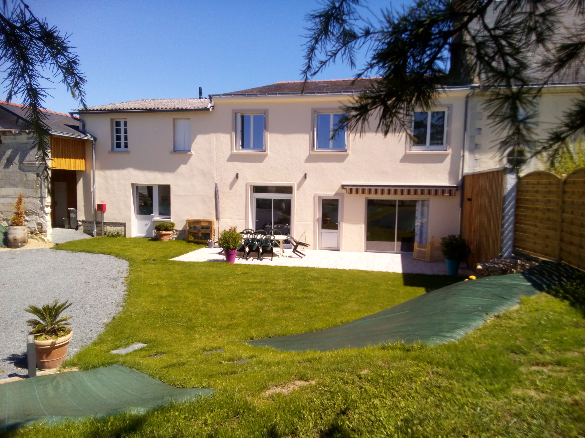Self-catering holiday rental for 8-12 people