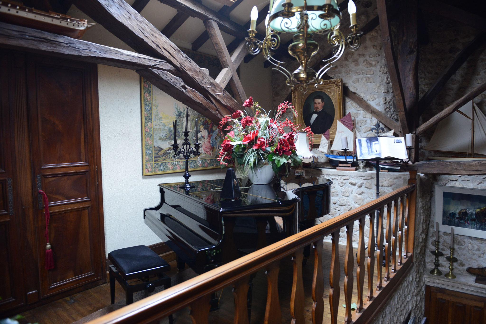 Le baladoir et son piano pour les artistes!