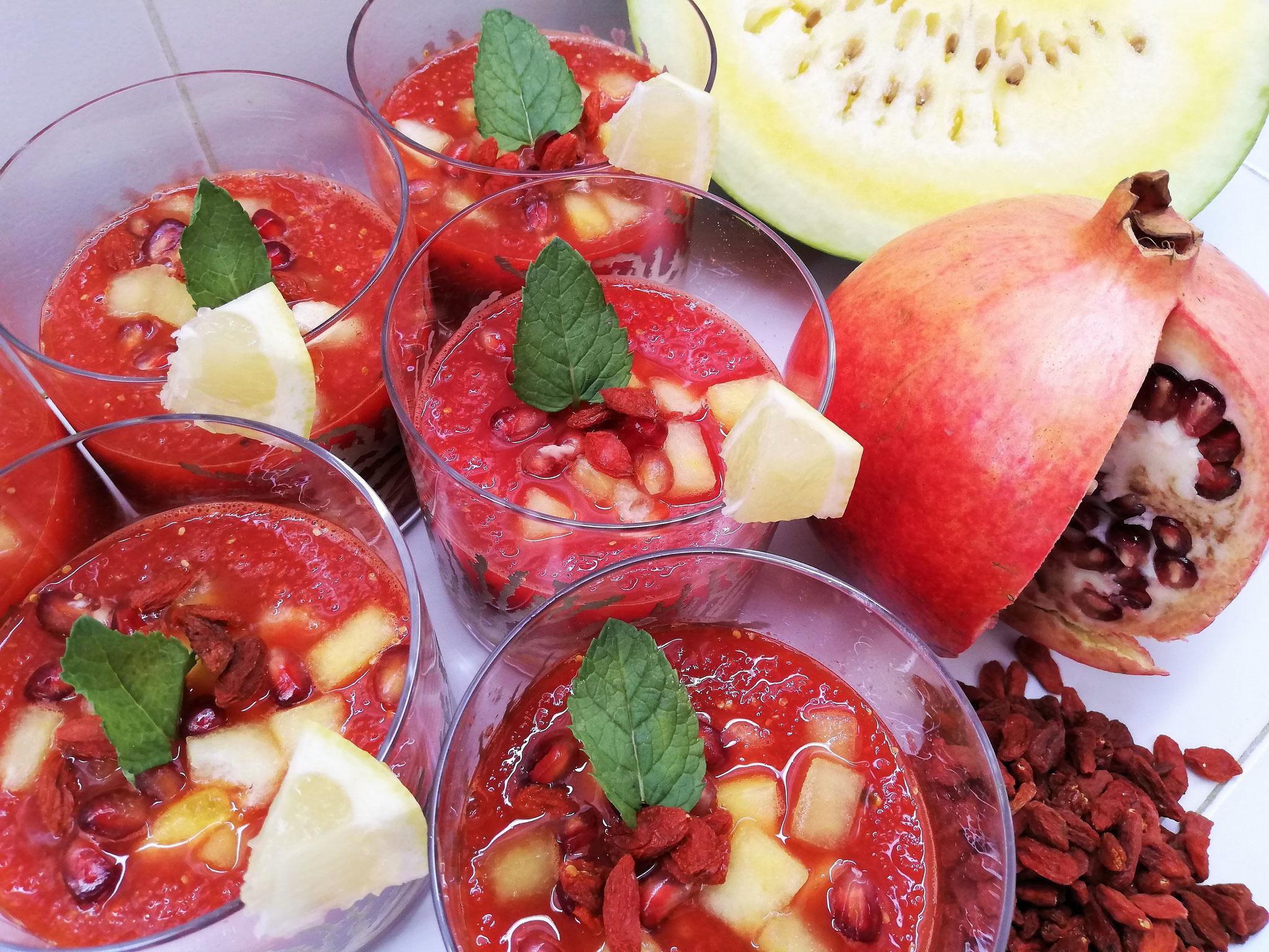 Gaspacho pastèque, grenade & baie de goji