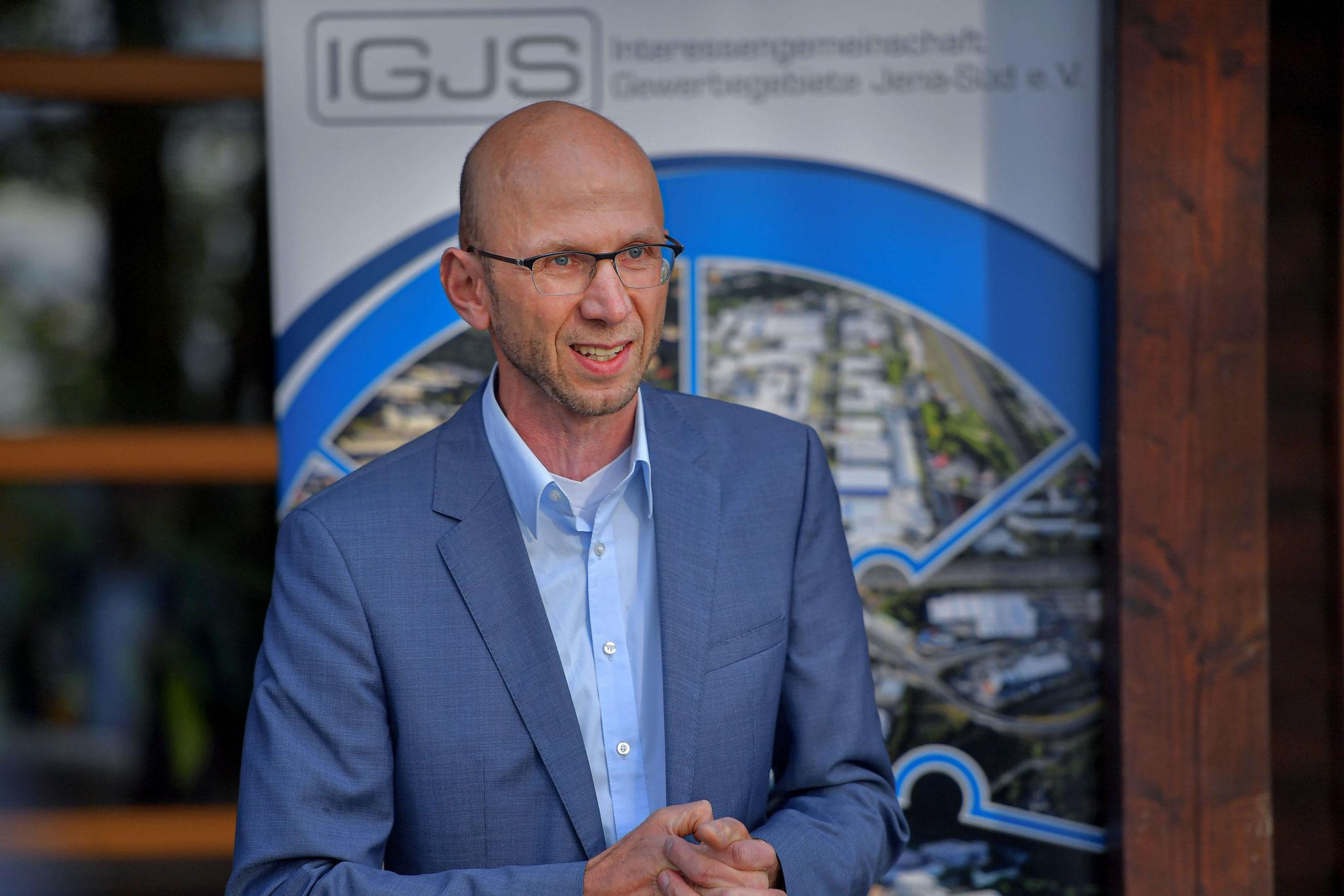 Wilfried Röpke informiert über die Aktivitäten der Wirtschaftsförderung Jena
