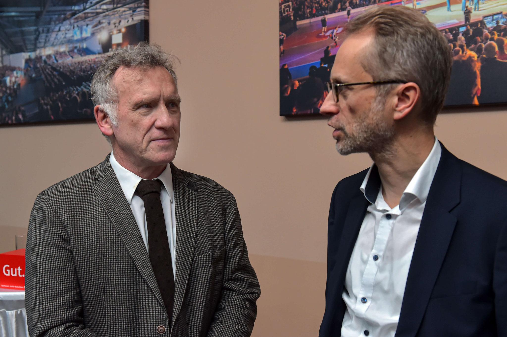 Dr. Grunert (links) im Gespräch mit Dr. Ohnesorge