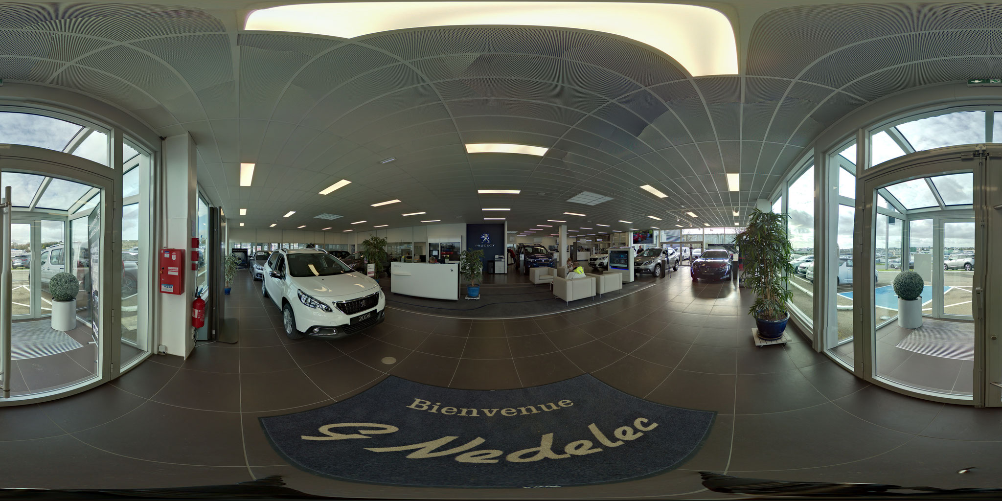 PEUGEOT SHOWROOM INTERACTIF