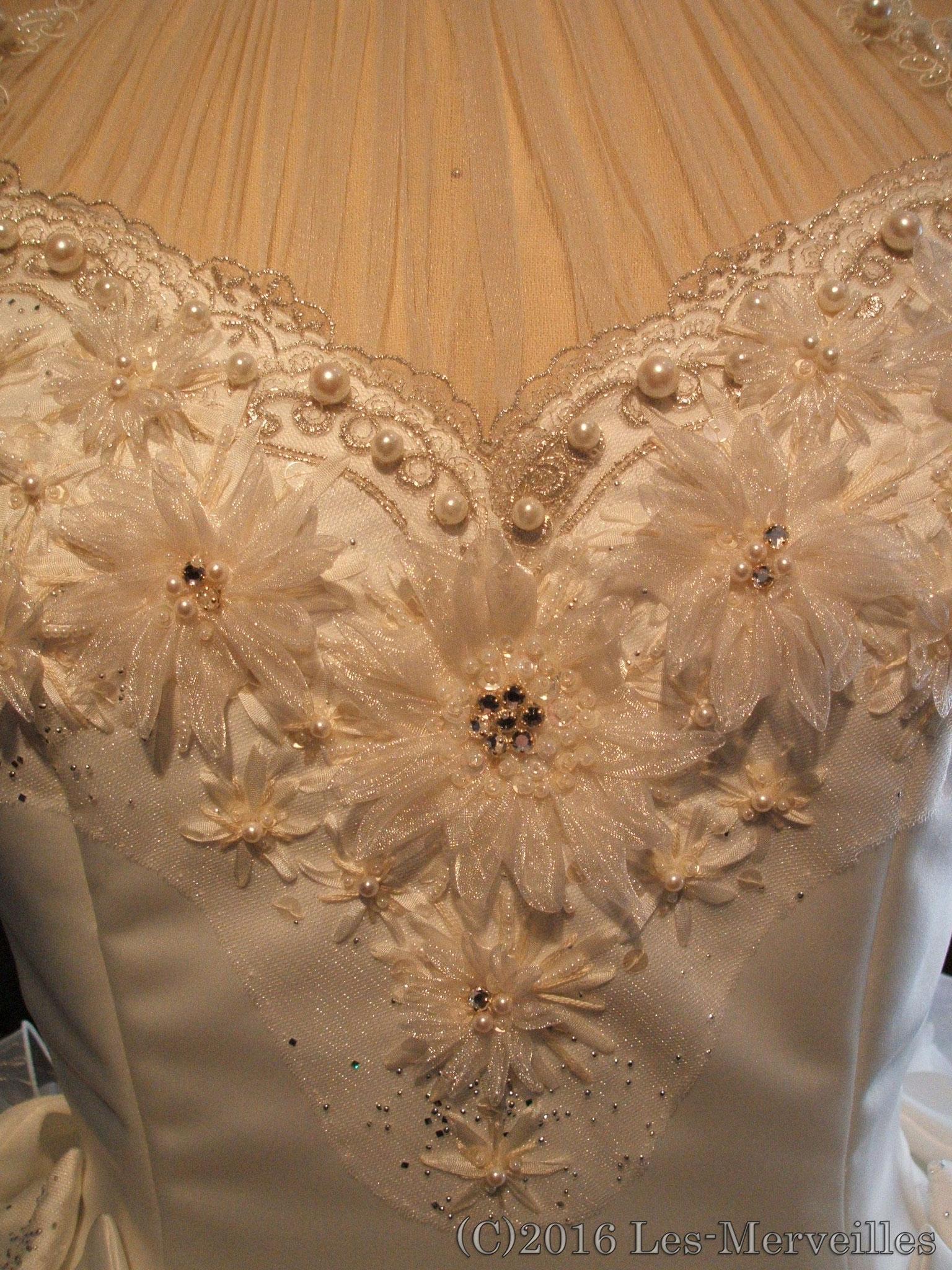 向日葵刺繍ドレス