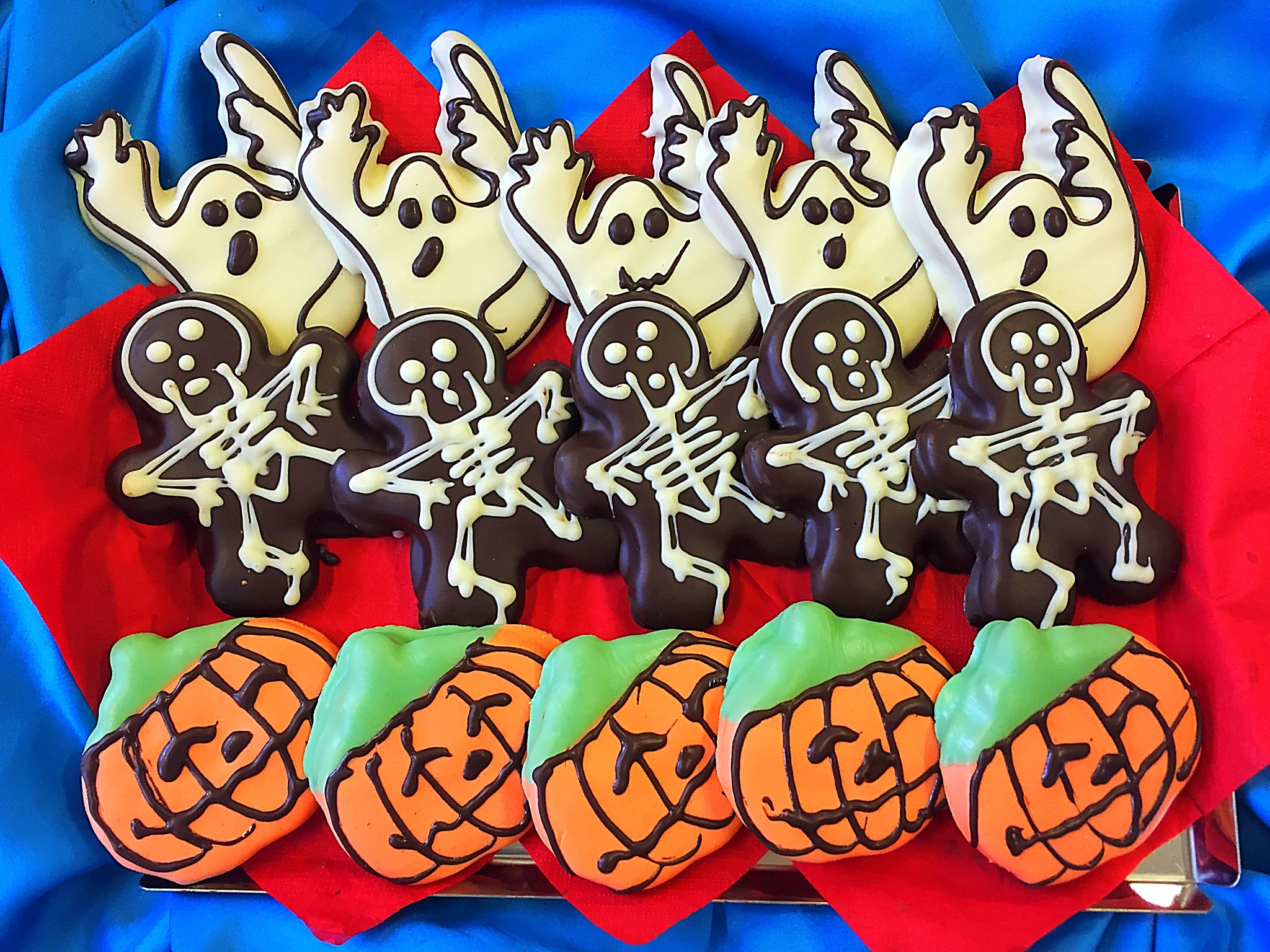 Halloween x 15