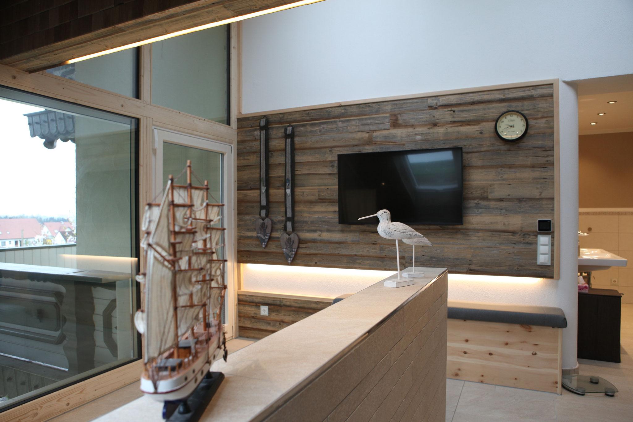 Fendt Holzgestaltung Altholz Wandverkleidung