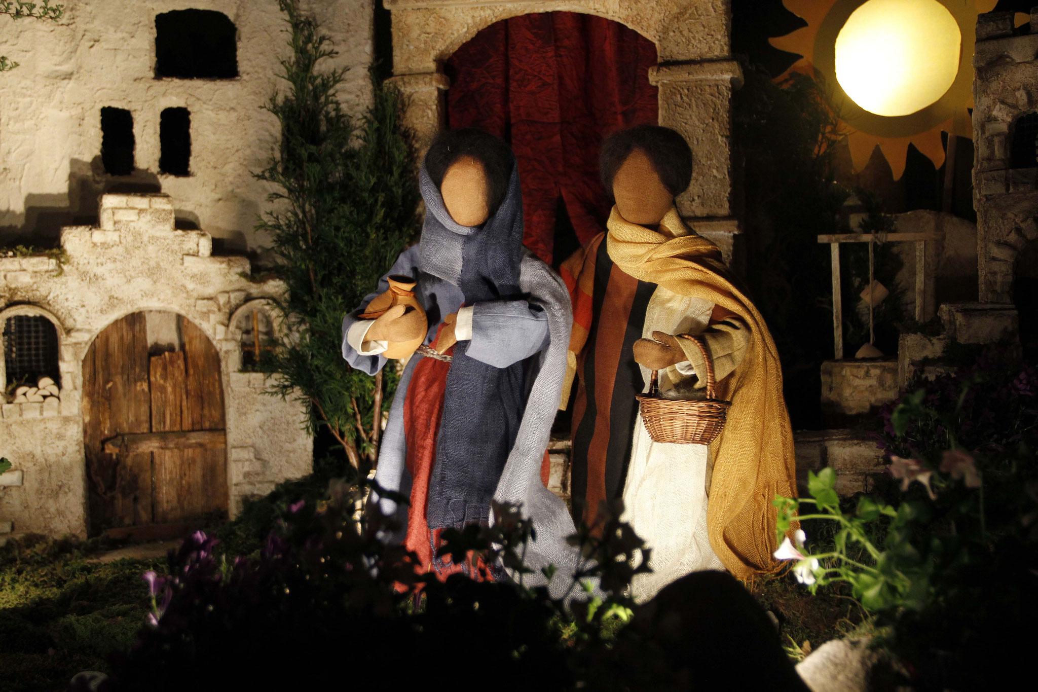 Nach dem Sabbat kamen in der Morgendämmerung des ersten Tages der Woche Maria aus Magdala und die andere Maria, um nach dem Grab zu sehen.