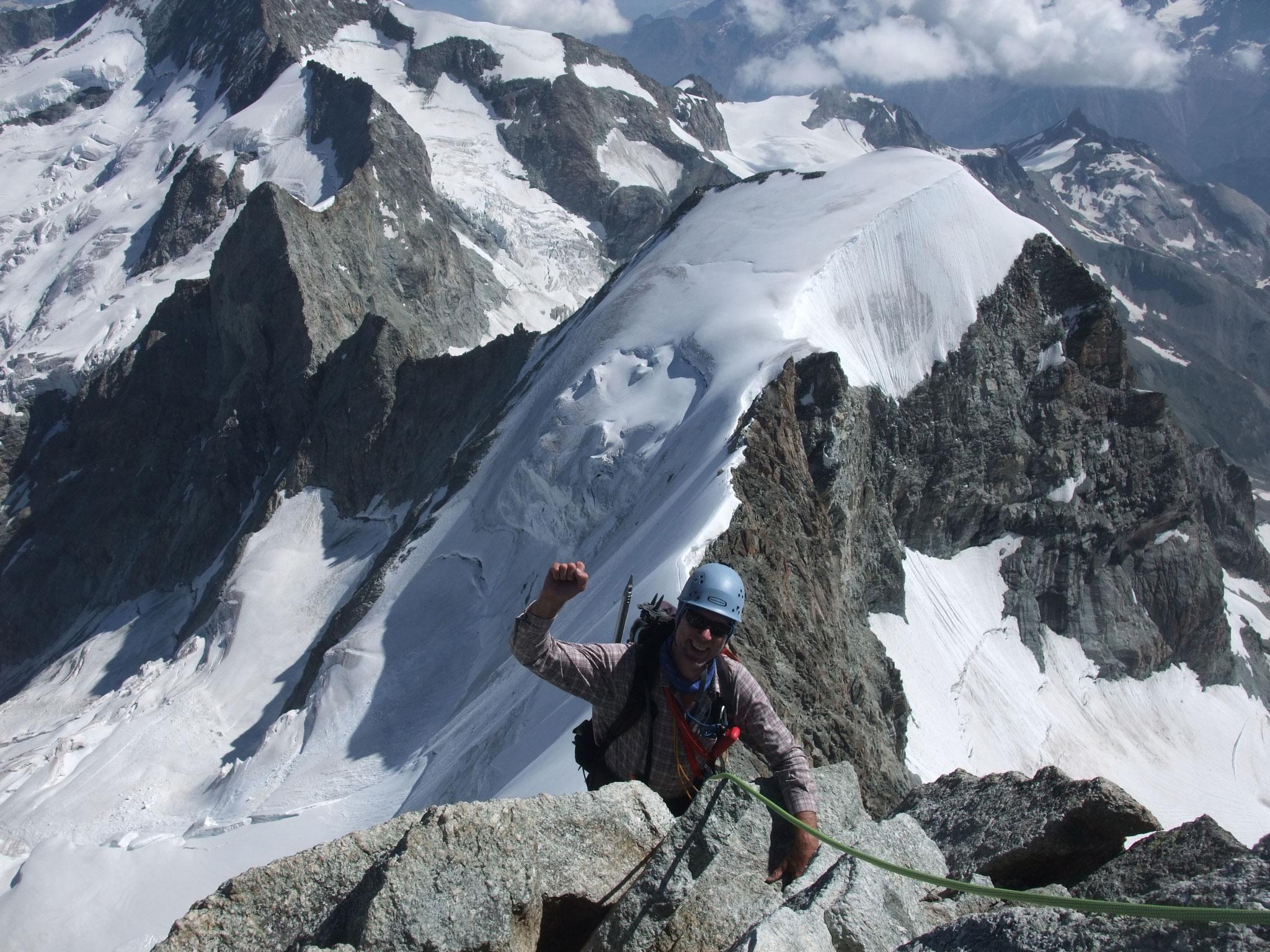 Aufstieg Obergabelhorn-Blick Klucknerturm und Wellenkuppe-4000m