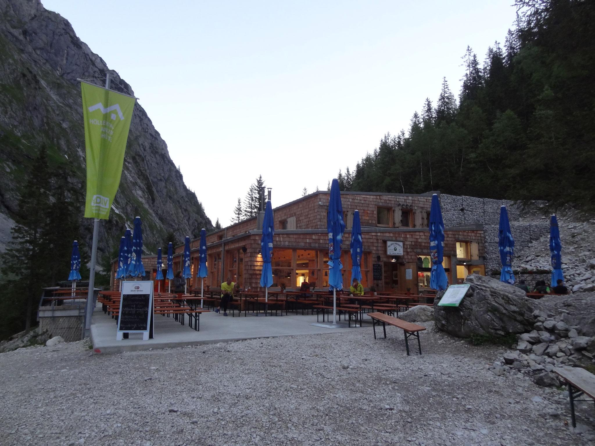 Neue Höllentalangerhütte