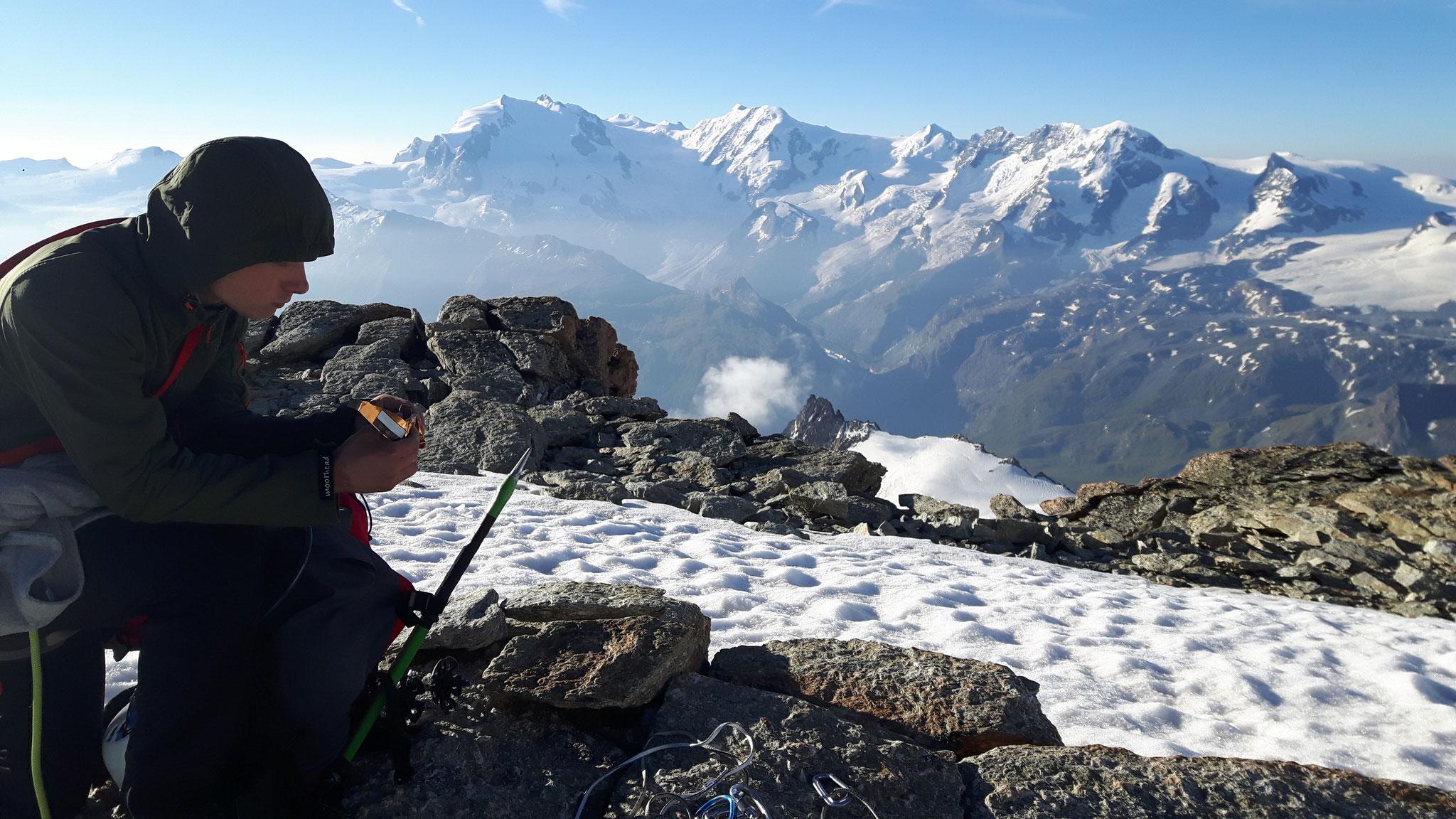 Plateau vor Wellenkuppe-Blick Monte Rosa-3800m
