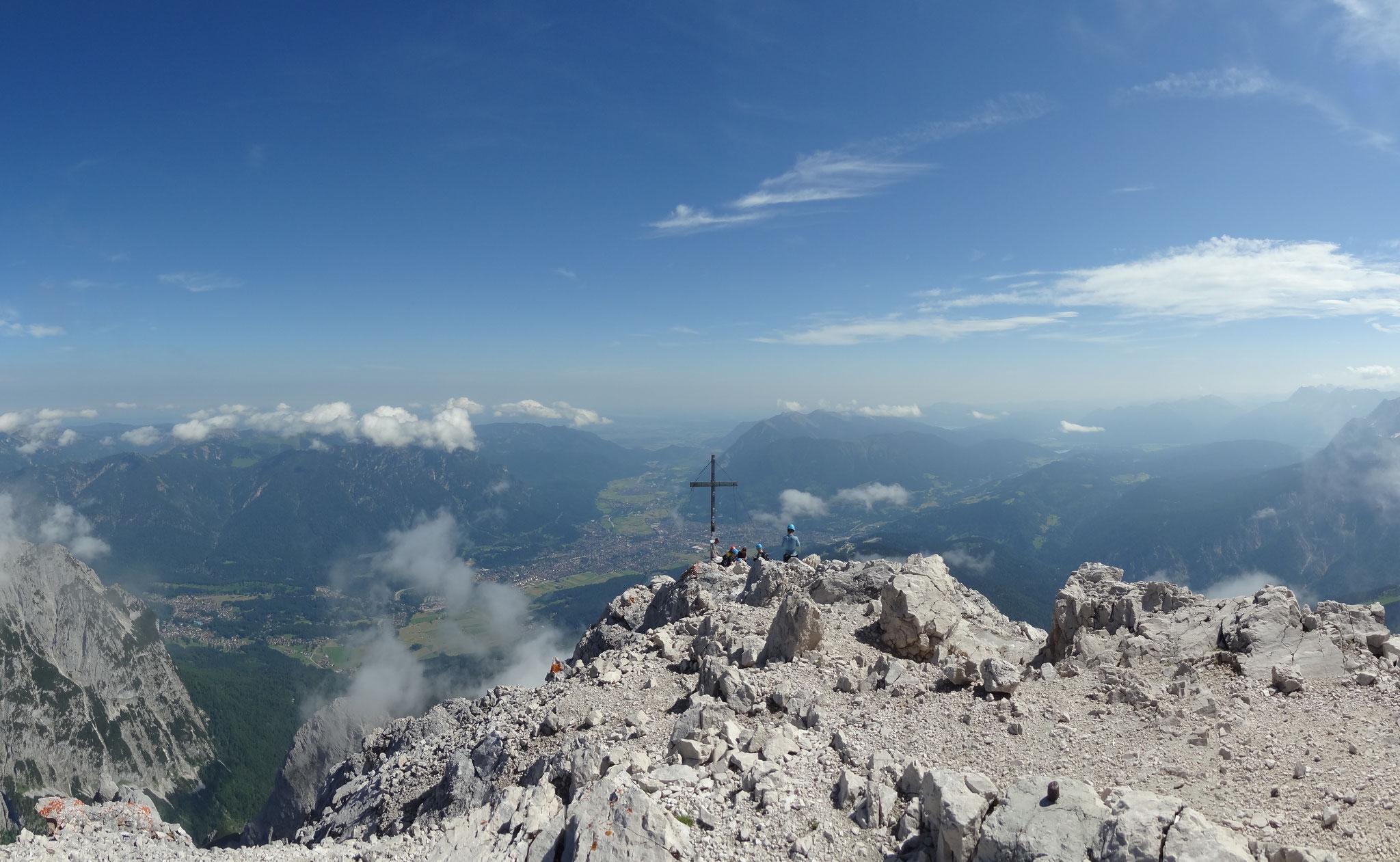 Blick von der Alpspitze ins Umland
