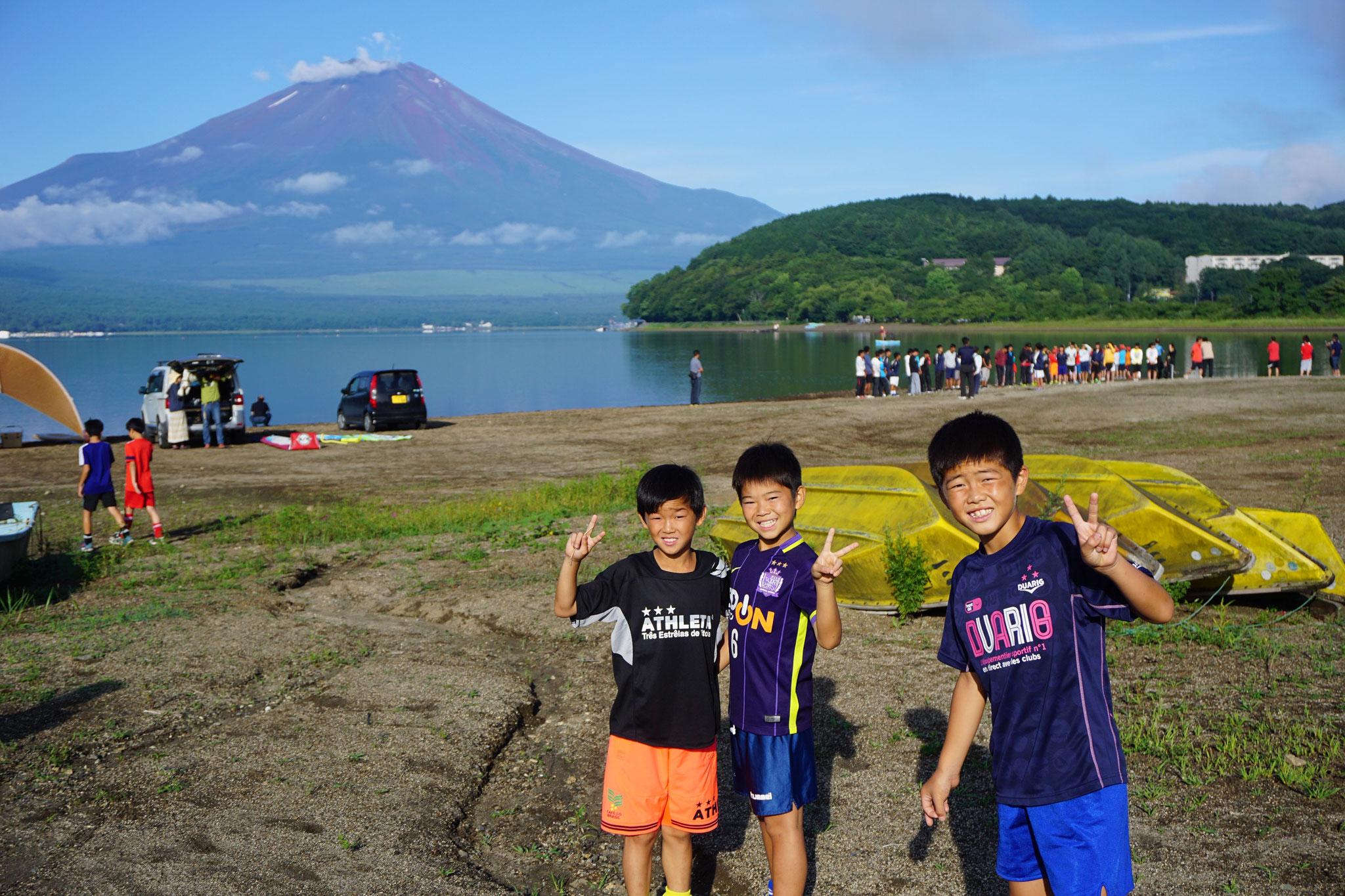 山中湖!天気が良いと富士山も見えます!