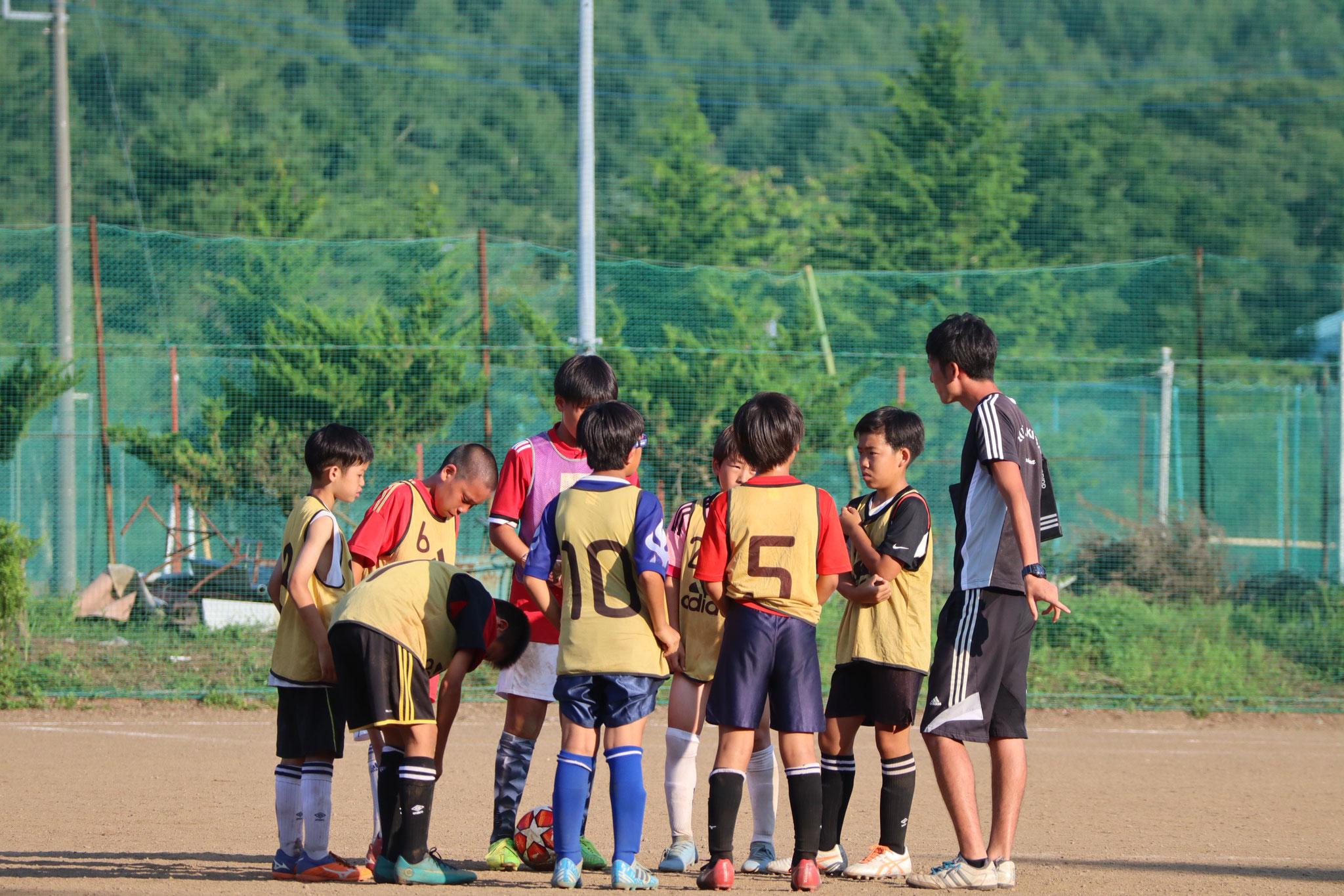 サッカーに集中できる環境で、仲間とトレーニングをします!