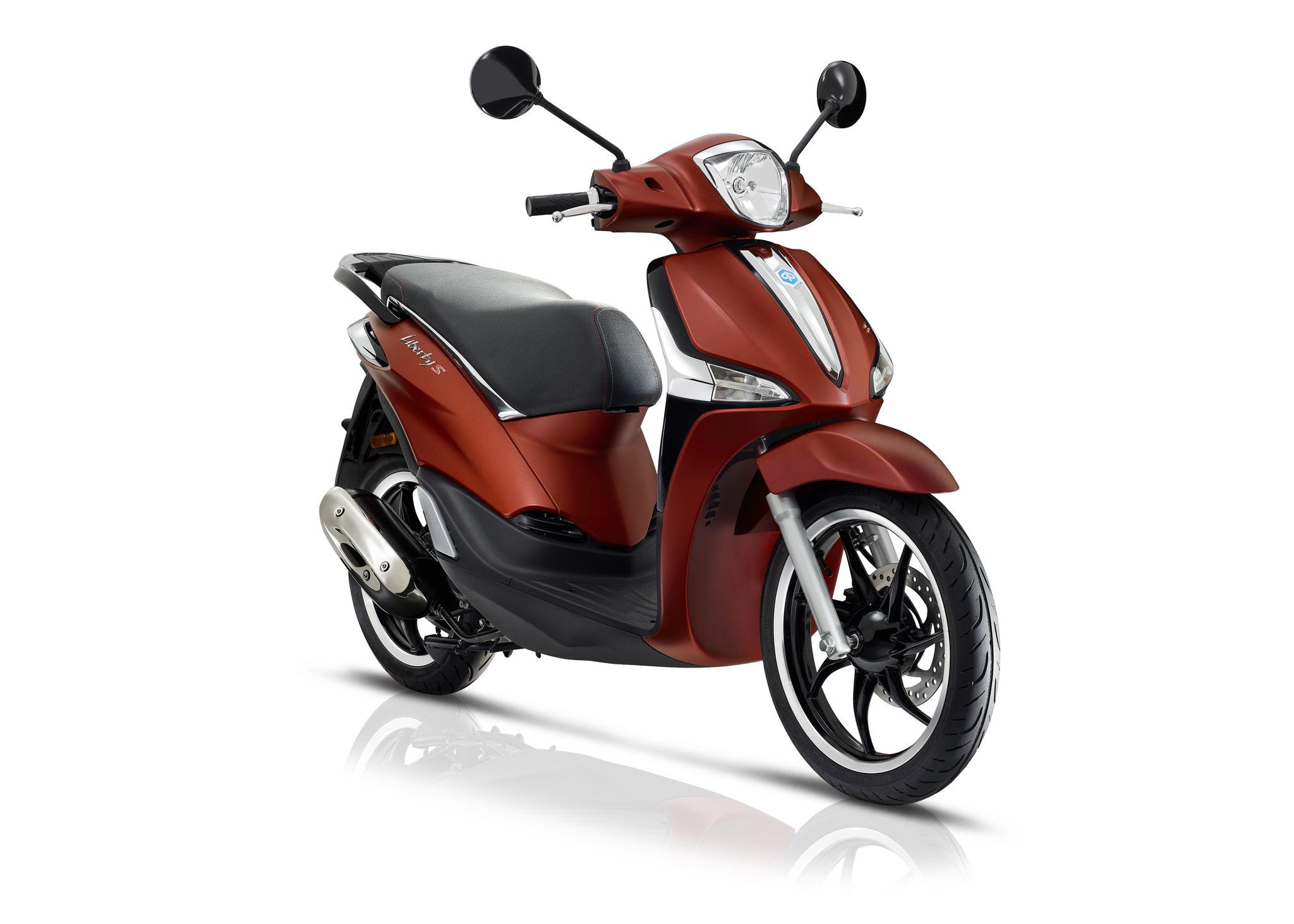 Piaggio Liberty Sport 4t3v Iget Euro4 25/45 km/h wit: € 2659,- Voor meer informatie, klik op de foto.