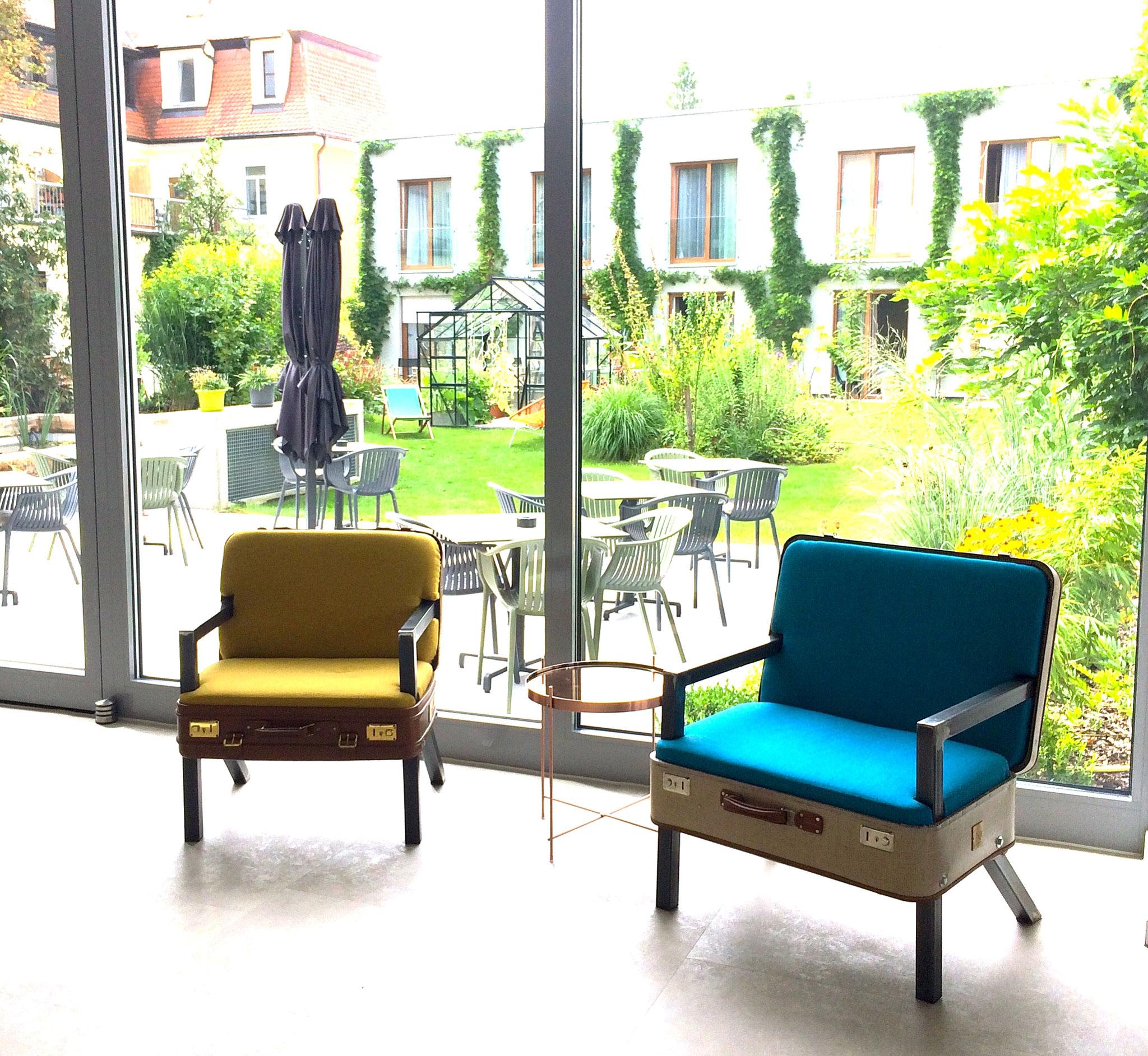 Koffersessel #nr13 und #nr10 Green Spirit Hotel Regensburg