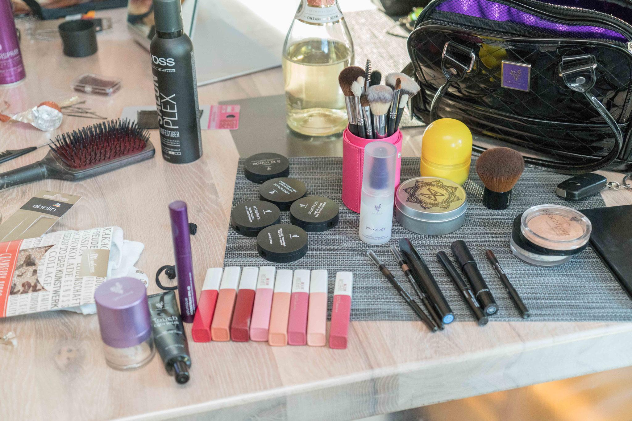 das Make-up.... was wird wohl alles verwendet?