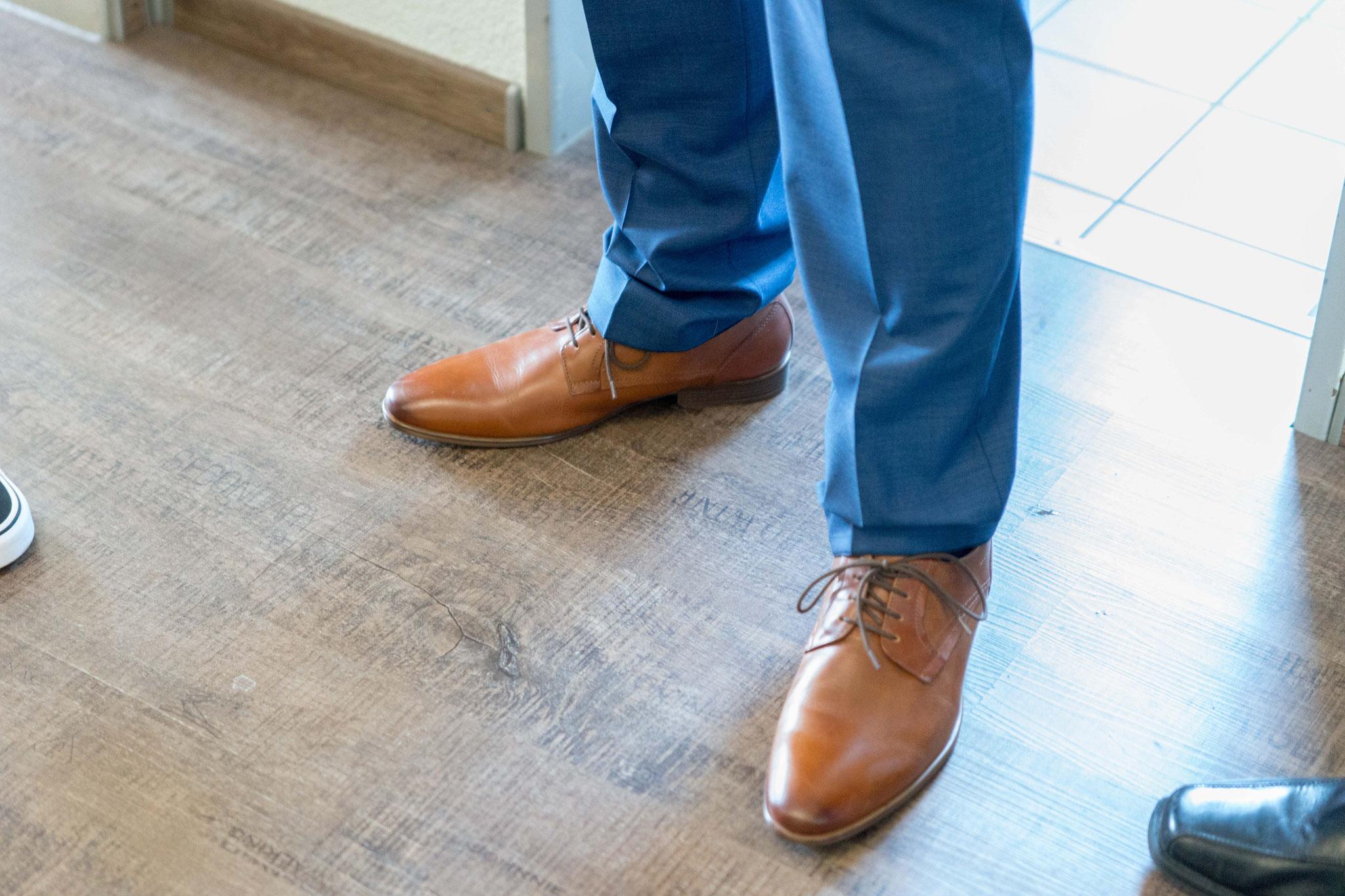 den Schuhen.