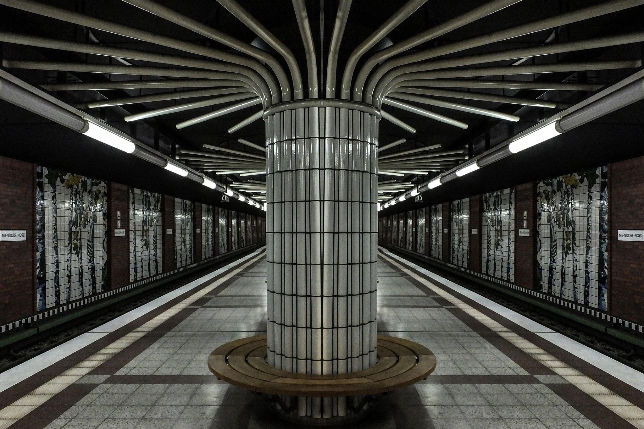 22 110818 U-Bahnhof Niendorf-Nord