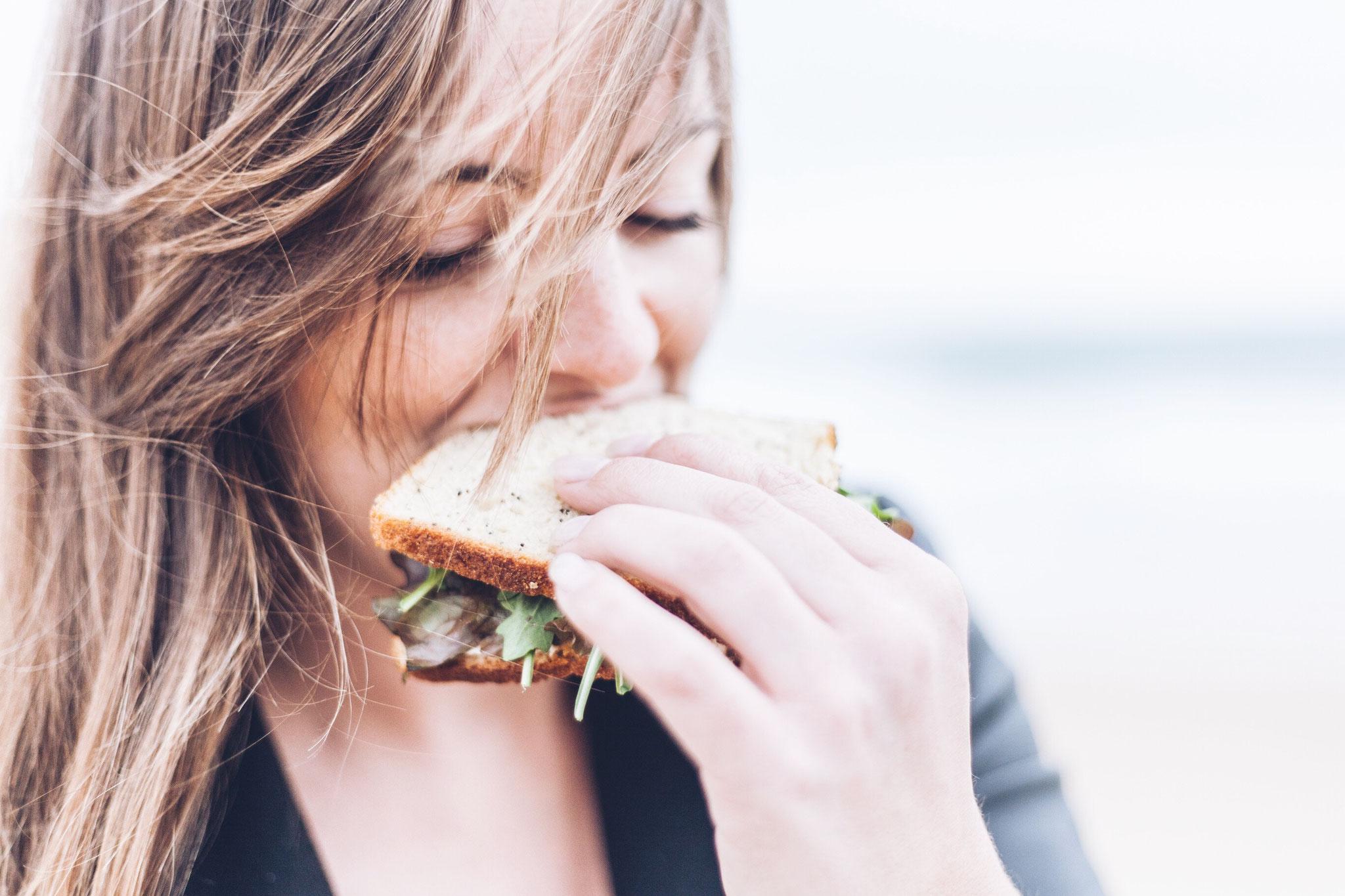 Die neue PCOS Leitlinie: So sollen Frauen mit PCO-Syndrom essen!