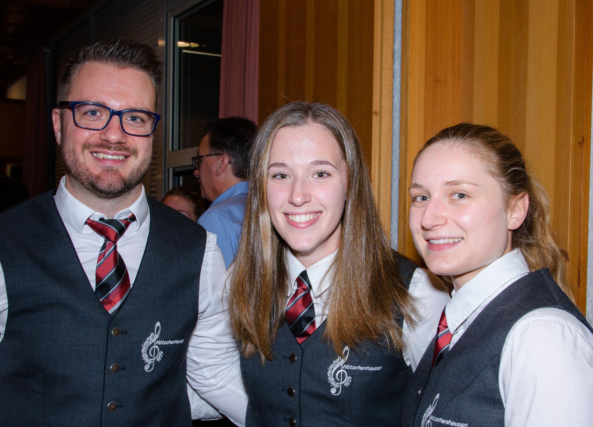Unsere Musiker Florian, Jessica und Laura genossen die Pause in der Mitte des Programms.