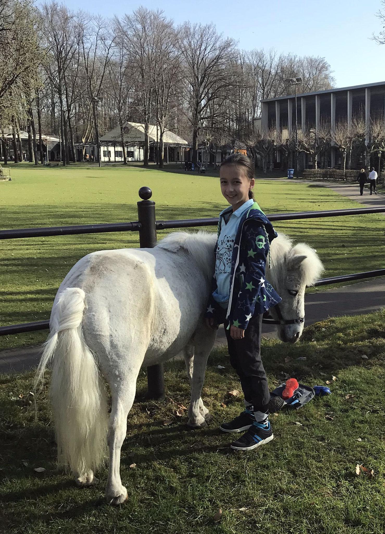 Ponyreiten im April 2018