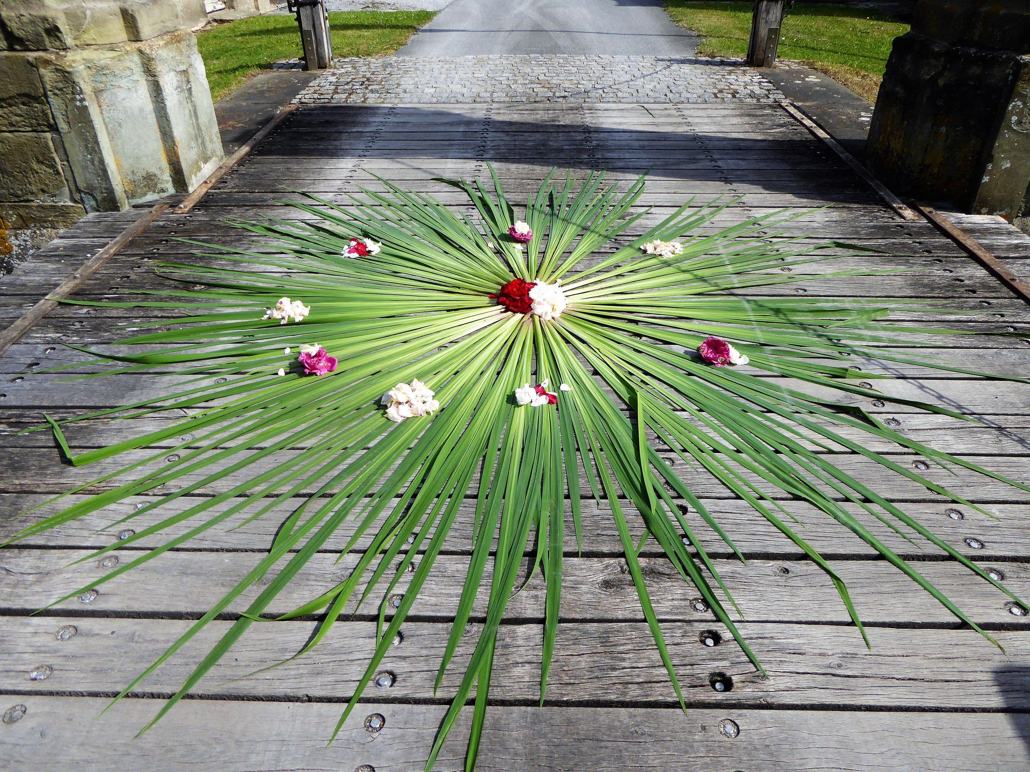 Blumenteppich auf der Schloßbrücke