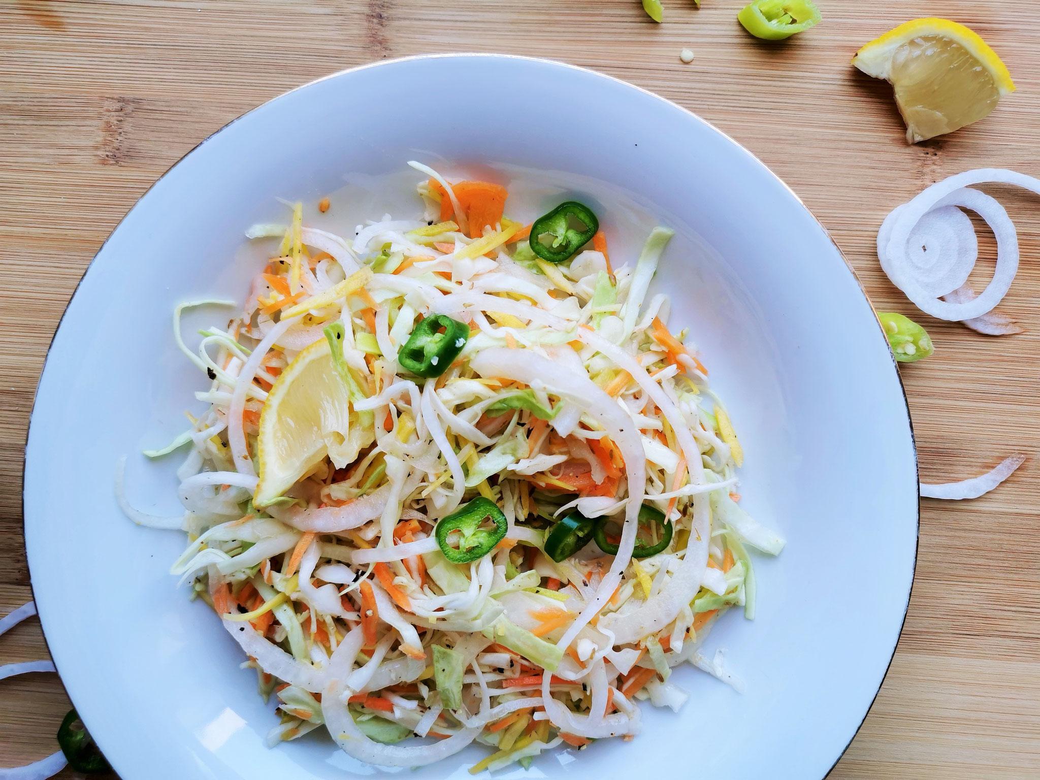 Kreuzkümmel verleiht dem Salat eine orientalische Note