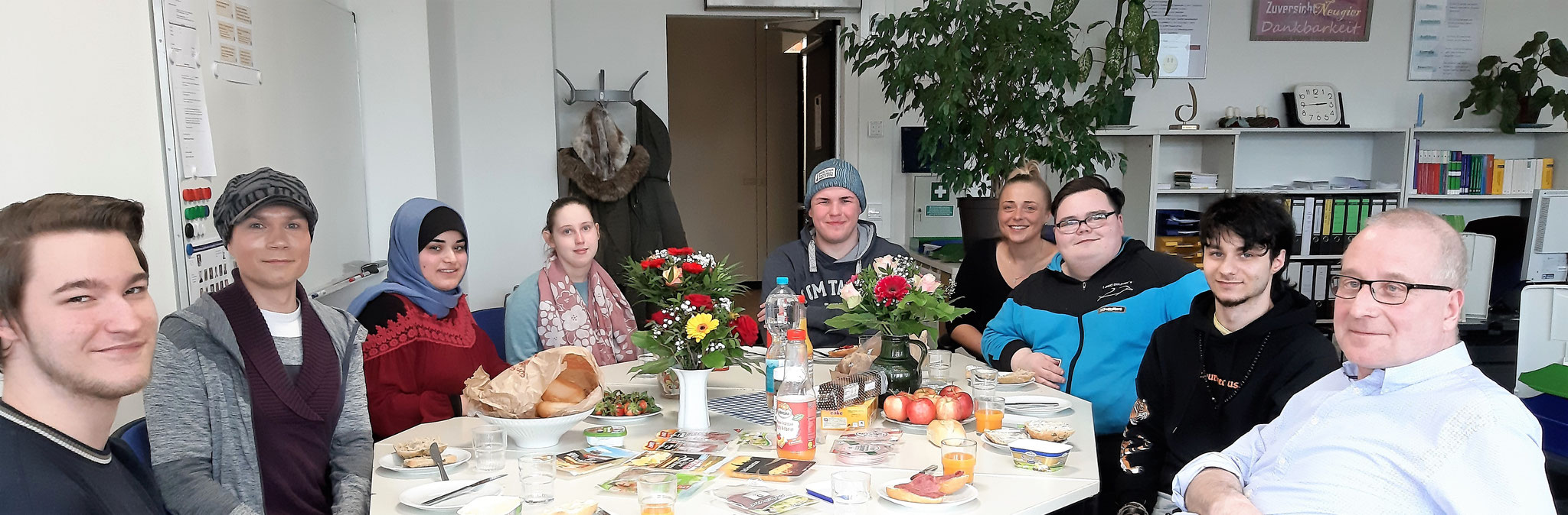 """Die Teilnehmer der """"Tafelrunde"""" - 27.03.2019"""