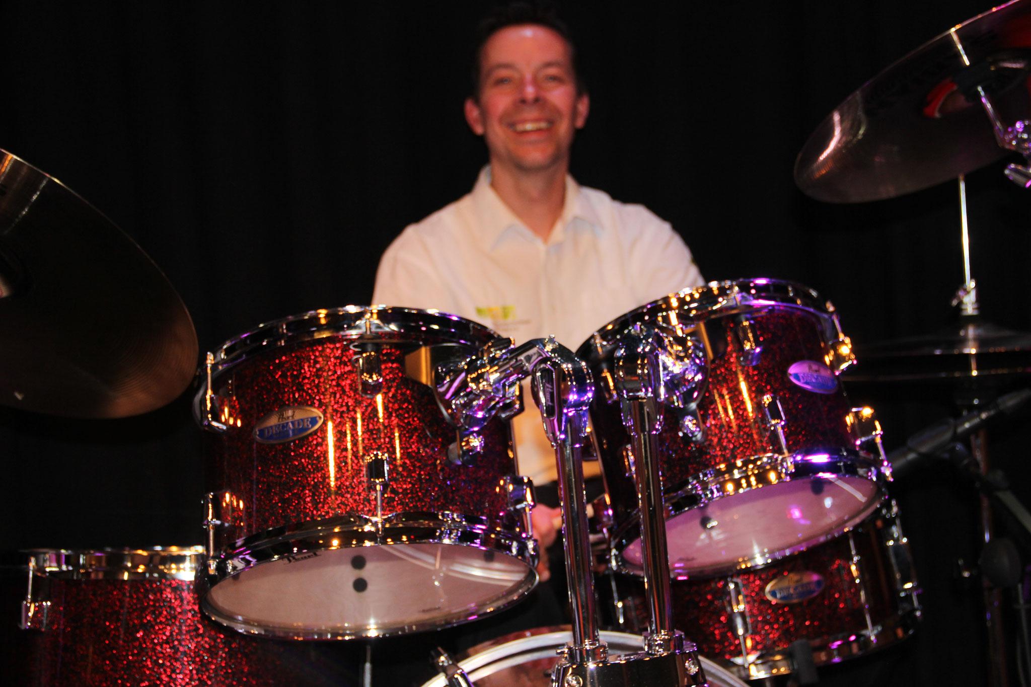 Unser Drummer mit seinem neuen Set