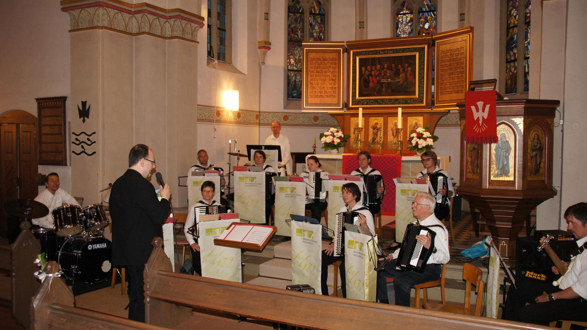 Begrüßung zum Konzert in der Apostel-Kirche Neuenkirchen zum 125 jährigen Jubiläum
