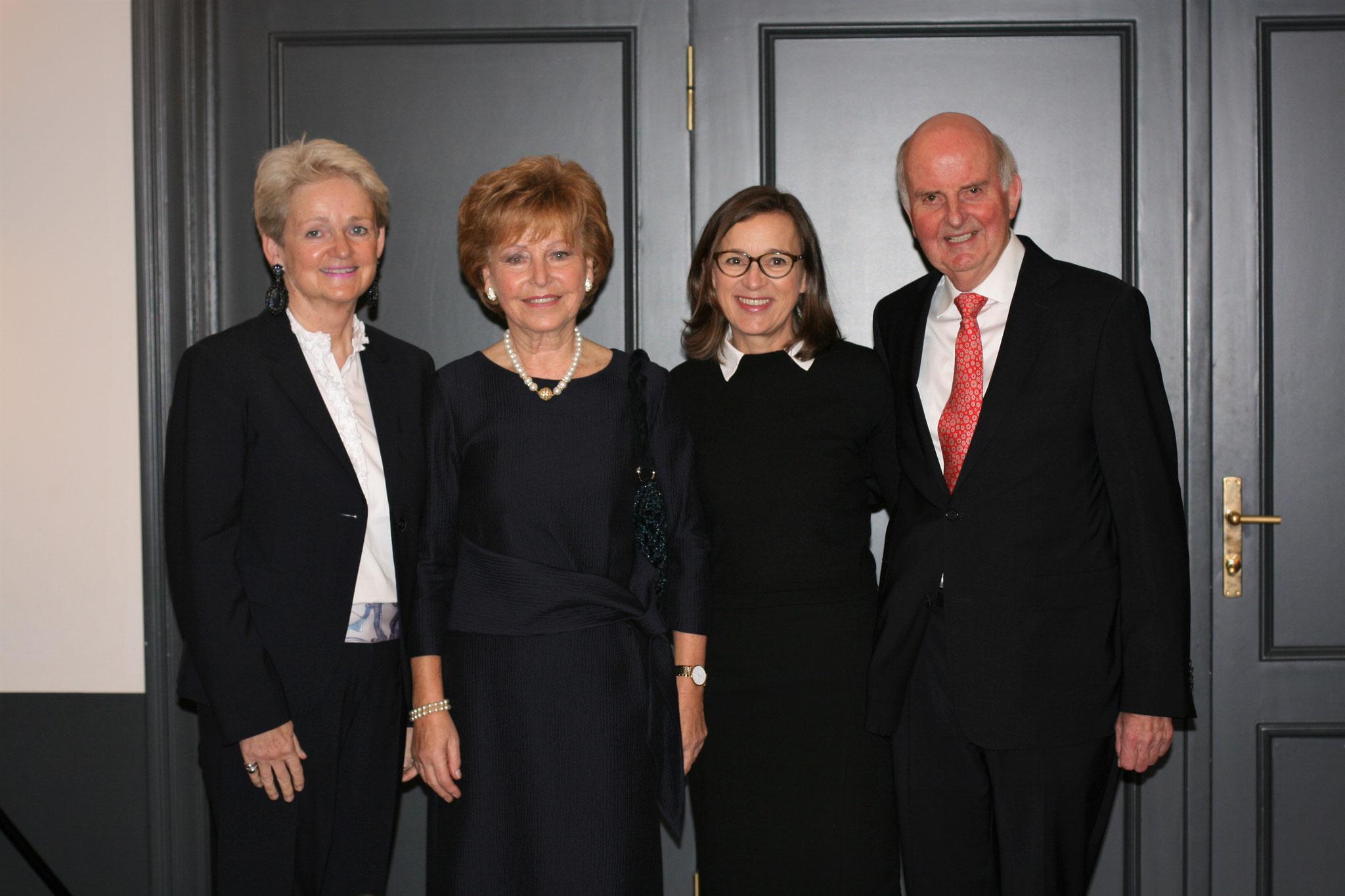 Eva Doyé, Astrid Hiege, Dr. Eva Gümbel, Dr. Wolfgang Hiege