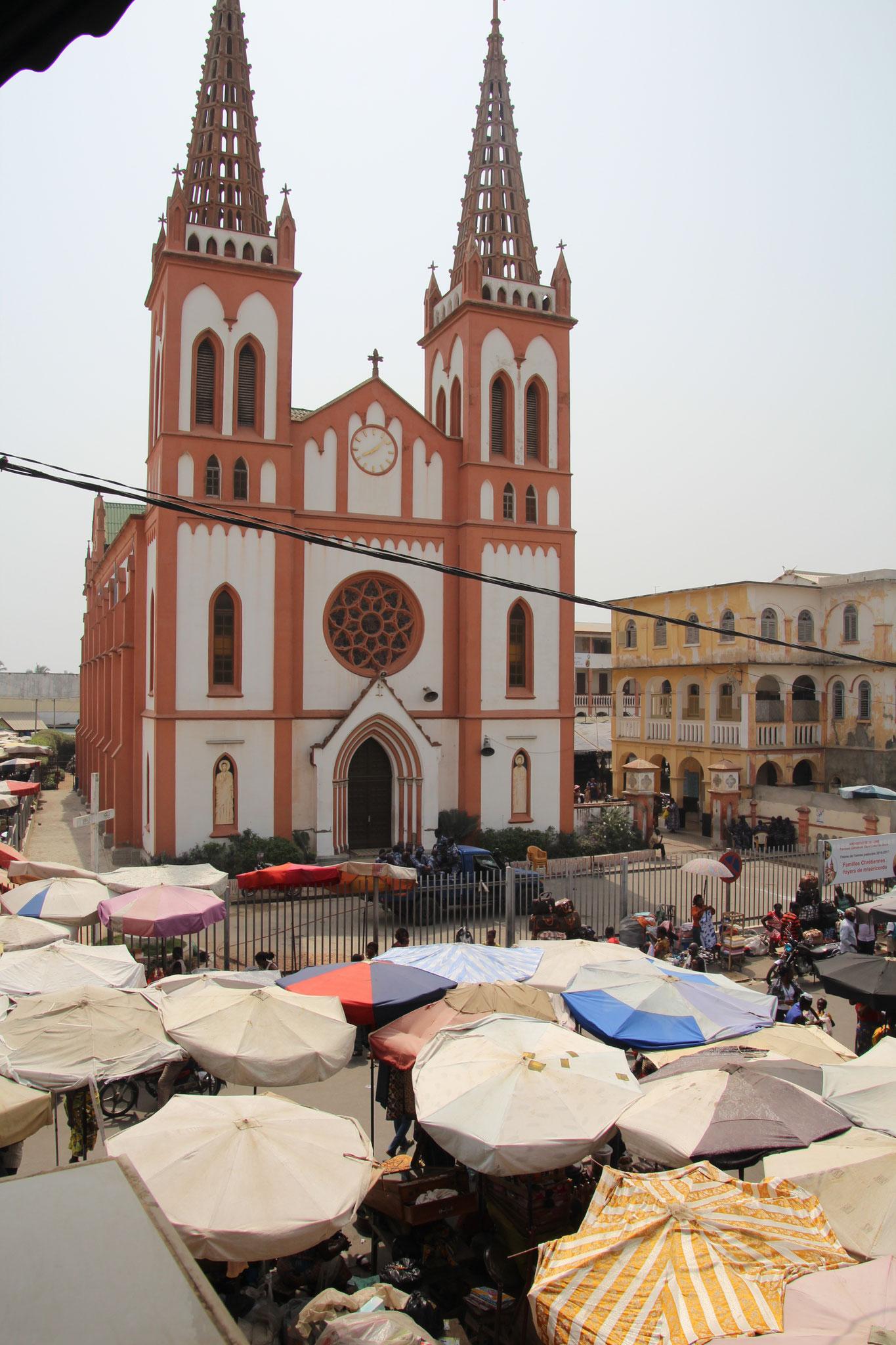 Neugotische Herz-Jesu Kathedralkirche von Lomé.