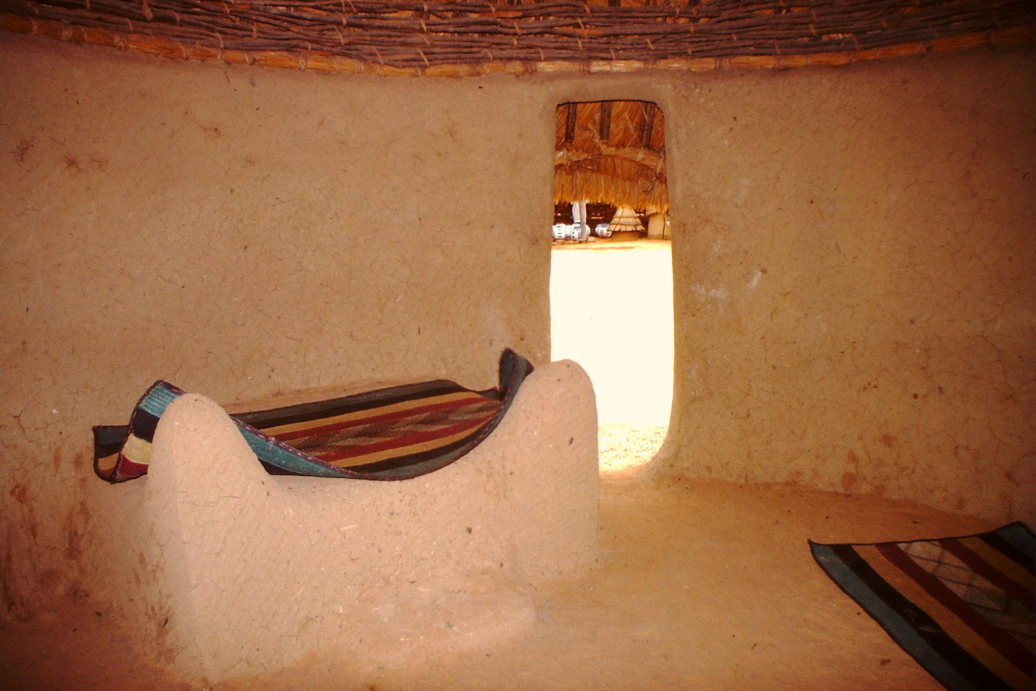 Ein Haus einer Hausafamilie. So wohnte der Mann.