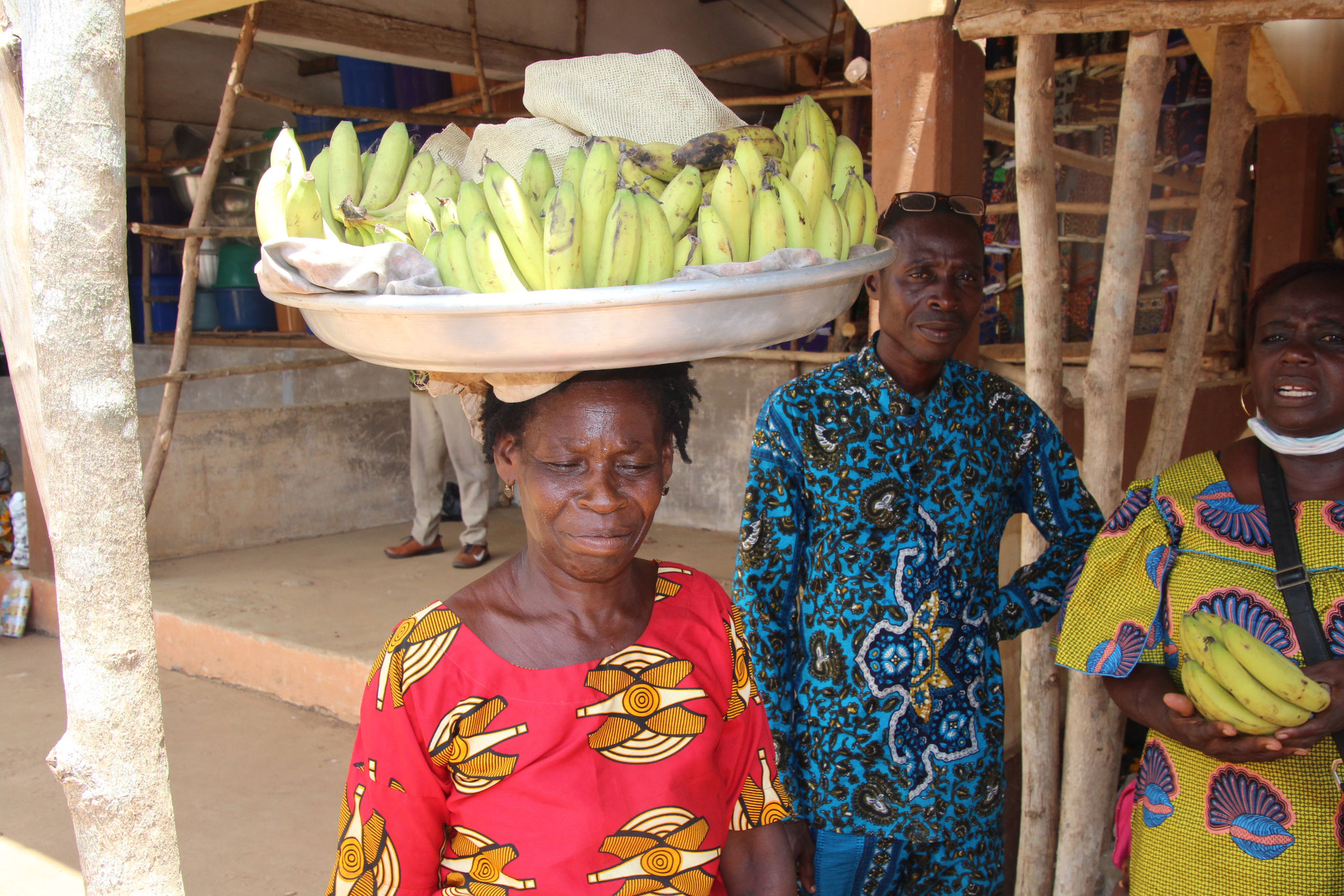 """""""Akorunto"""" Bananenverkäuferin in Tagblibo."""