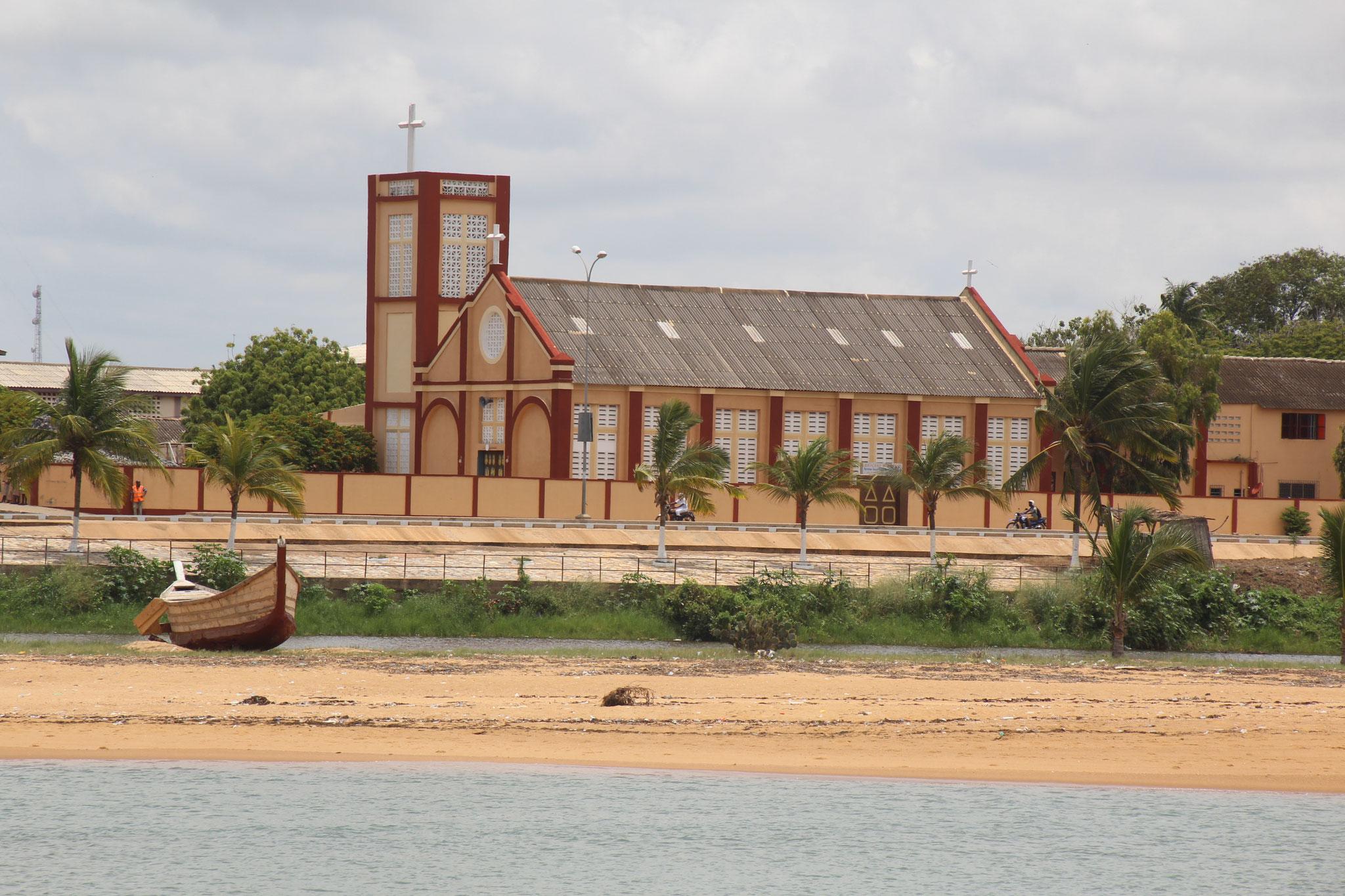 15. Kirche von Aneho.