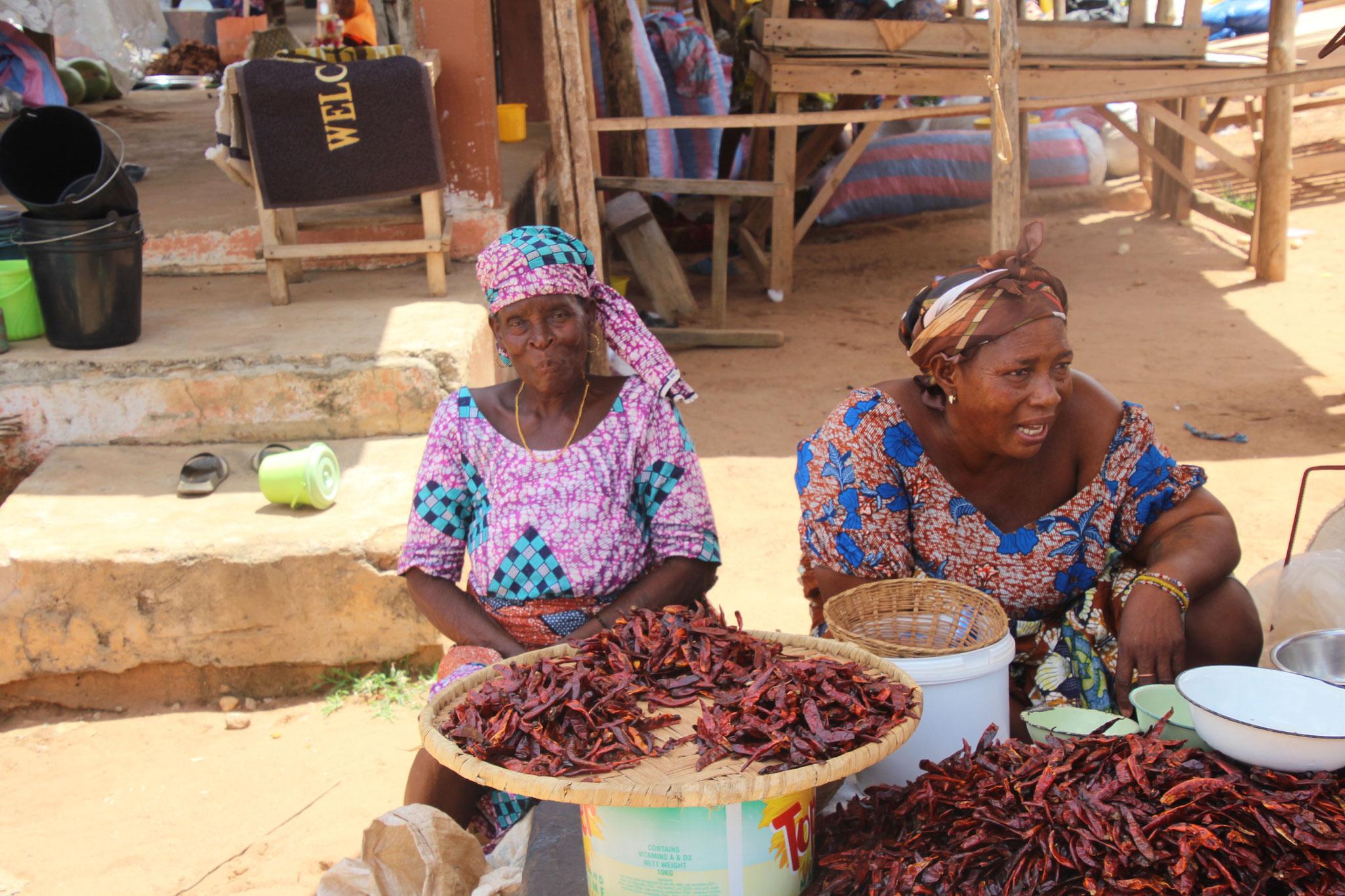 Marktfrauen in Tagblibo.