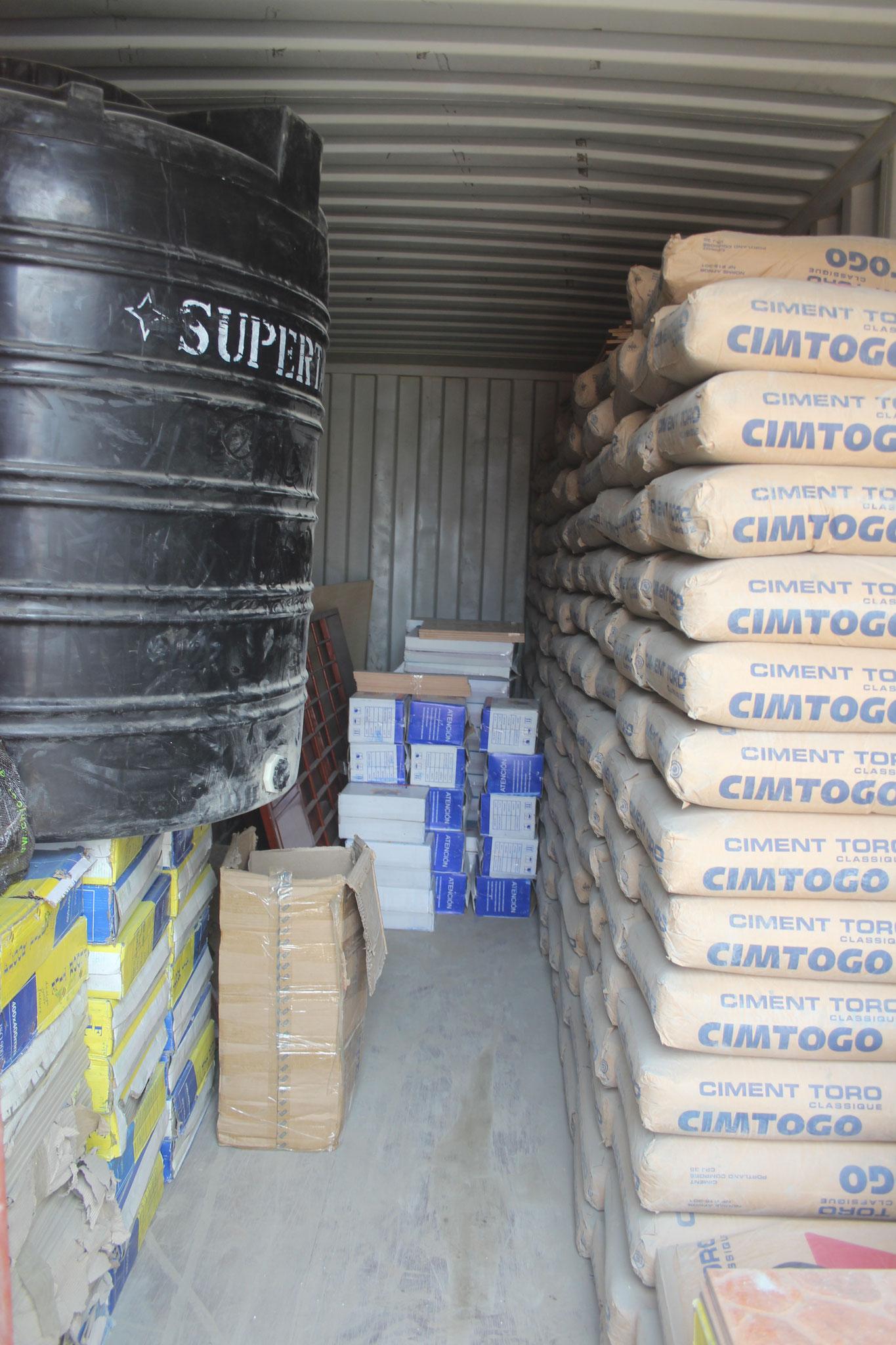 Nun wird der Container als Baucontainer genutzt