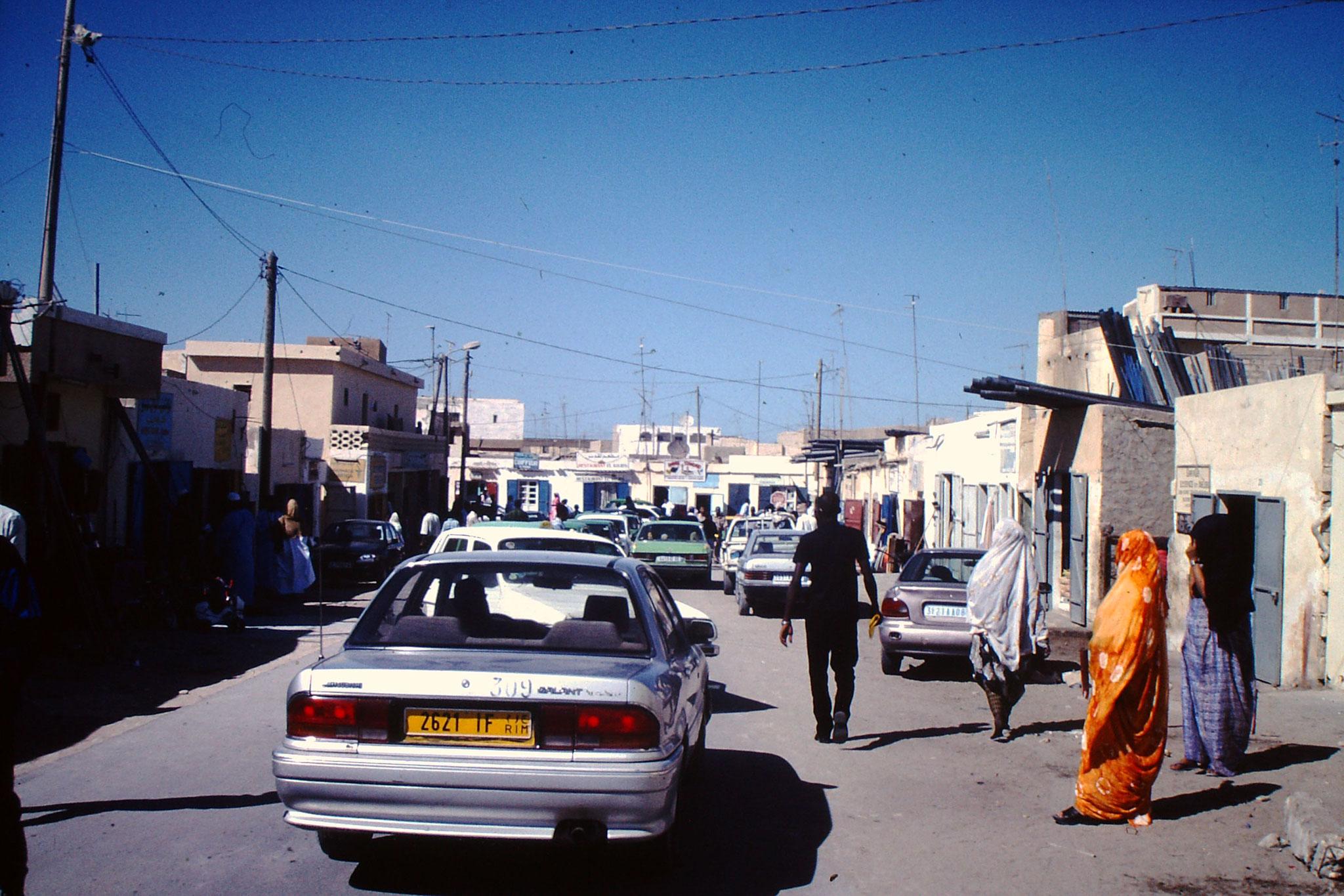 Strasse durch Nouakchott.