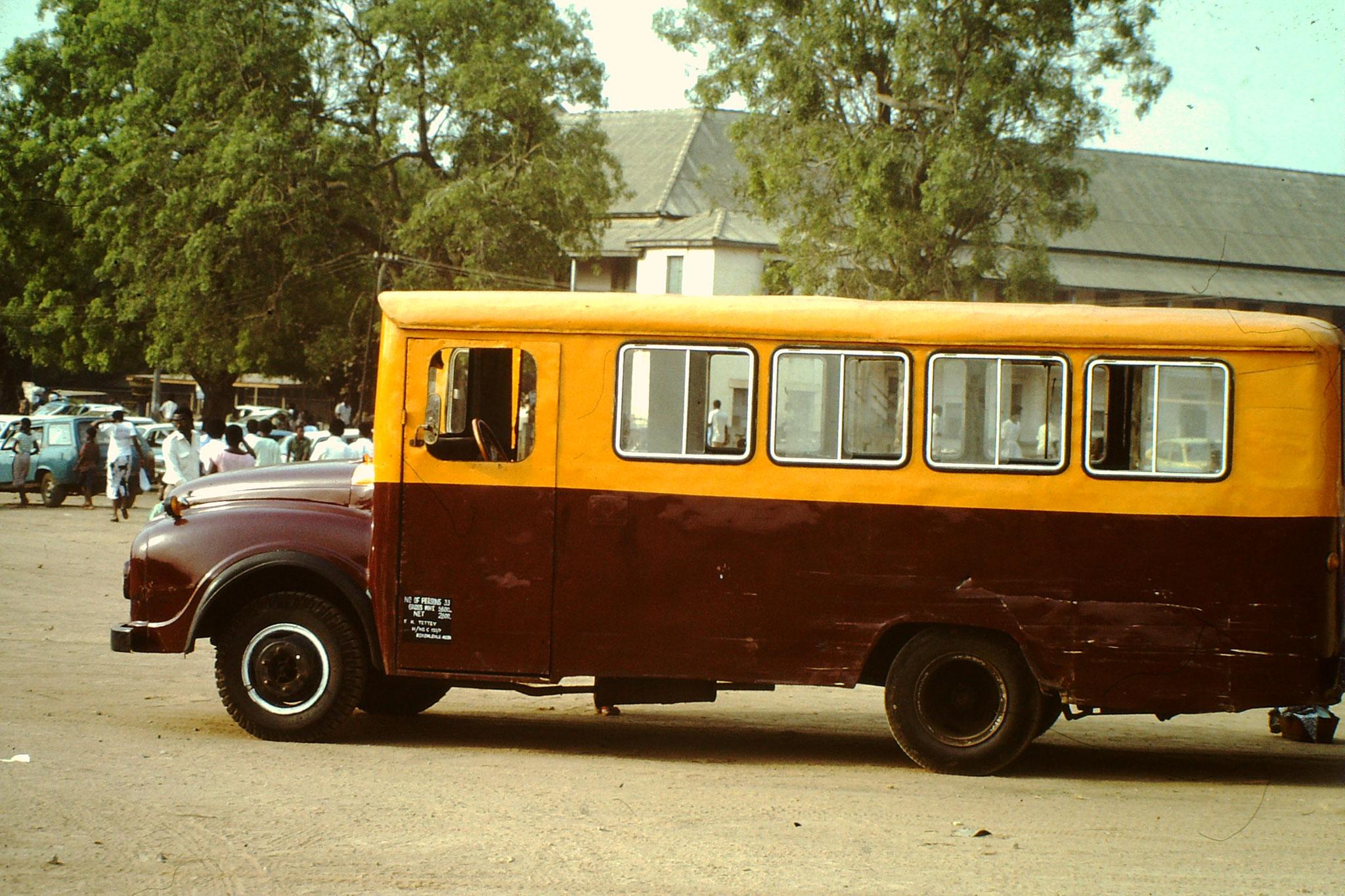 Auch dieses Troi Troi Marke Eigenbau ist auf Bedford Chassis Aufgebaut.