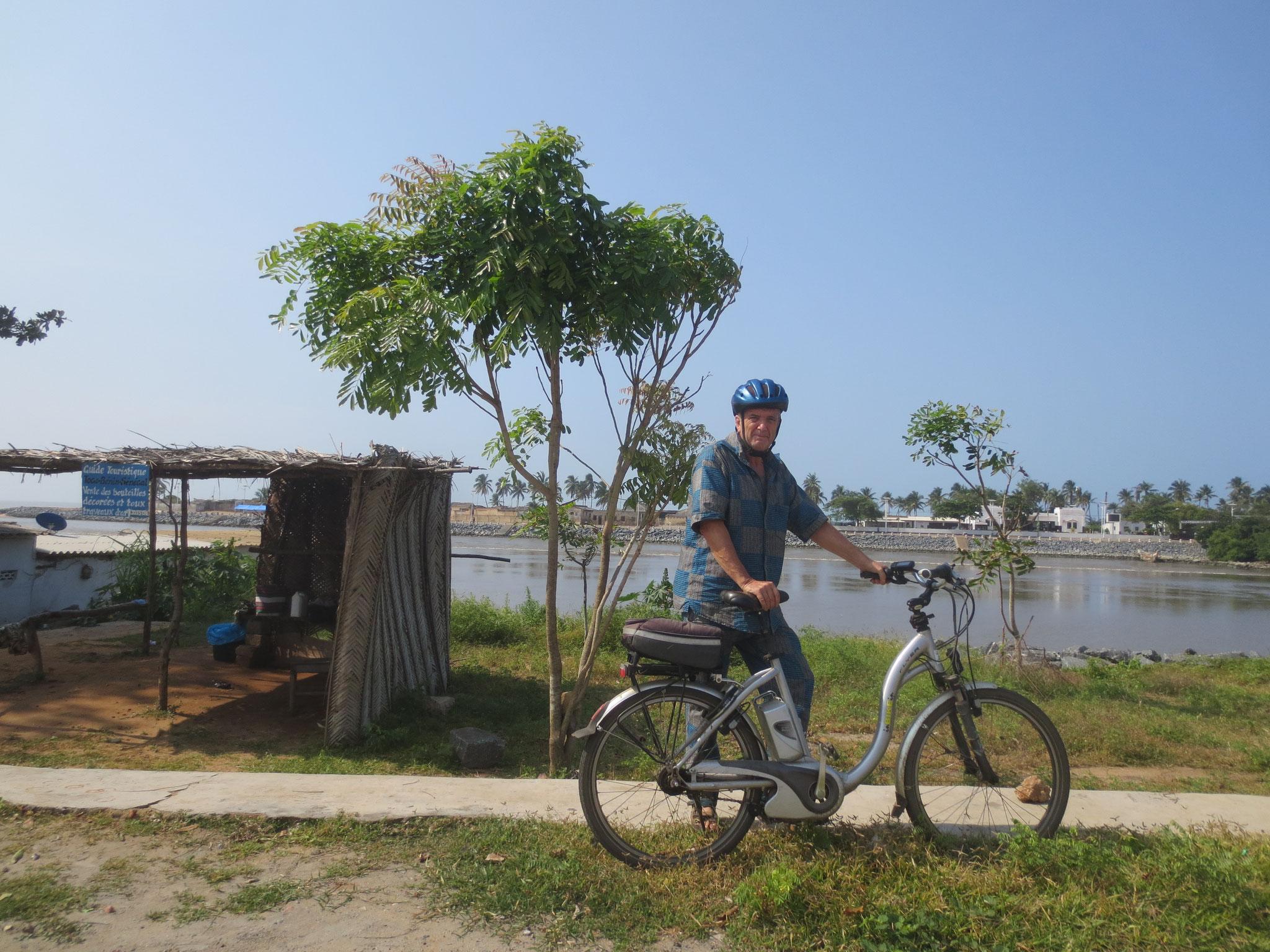 14. An der Lagune von Aneho, 4 km bis zur Grenze von Benin.