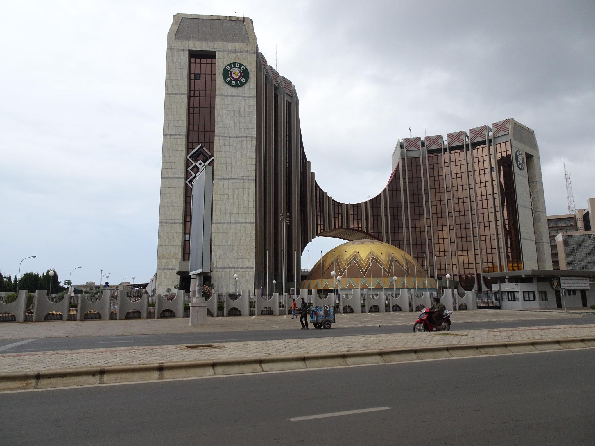 25. Gebäude in Doualasseme.