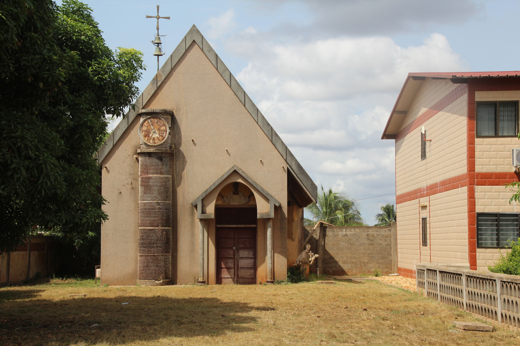 Kirche im Spital Afagnan.