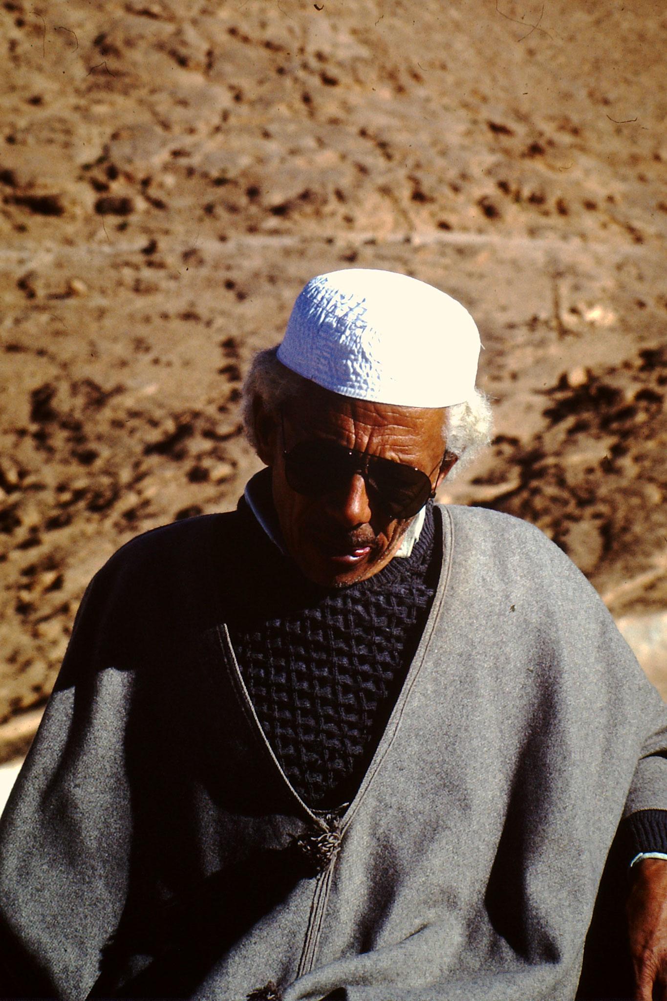Algerischer Stadtführer.