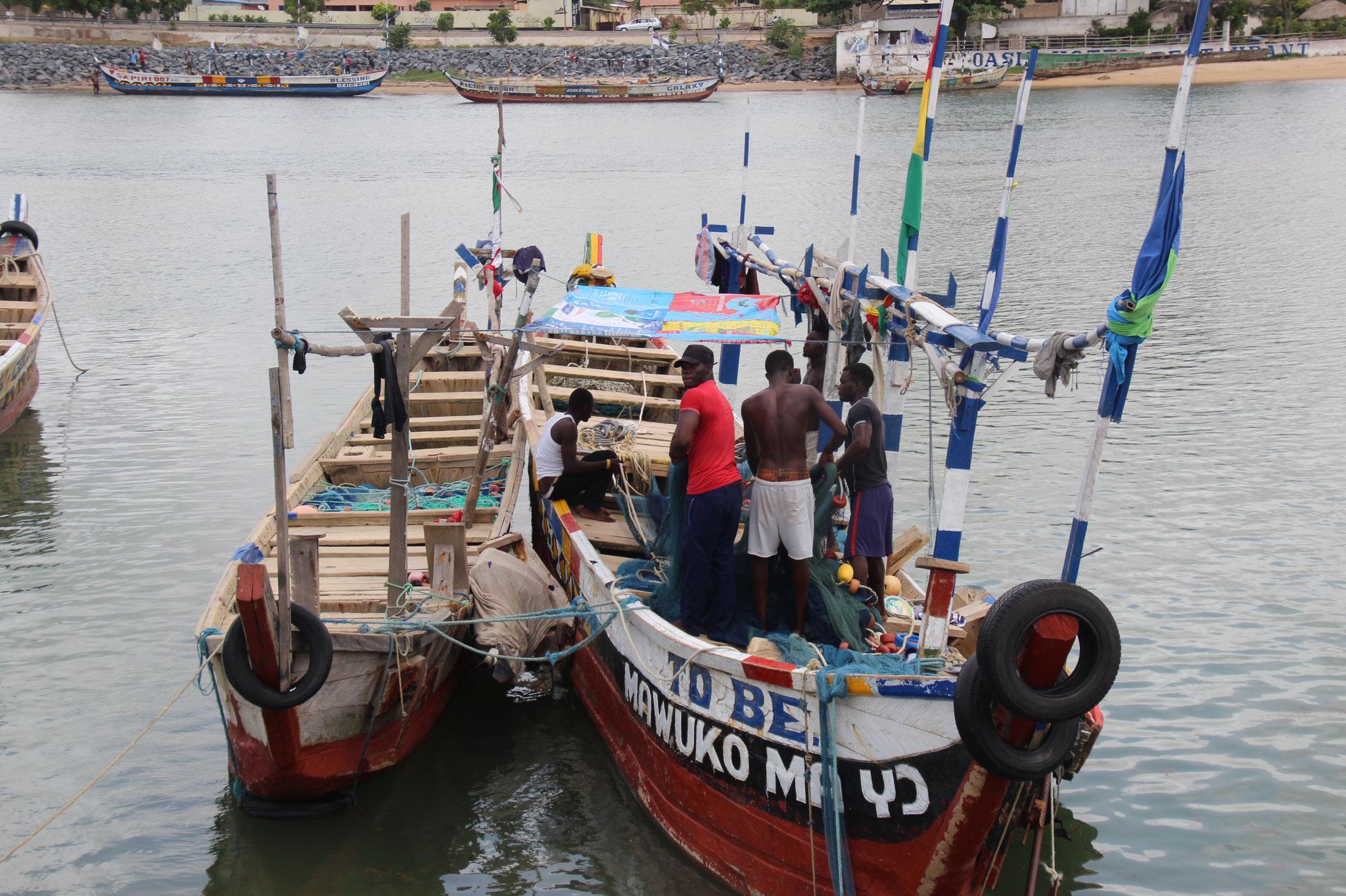 19. Fischerboote im Hafen von Aneho.