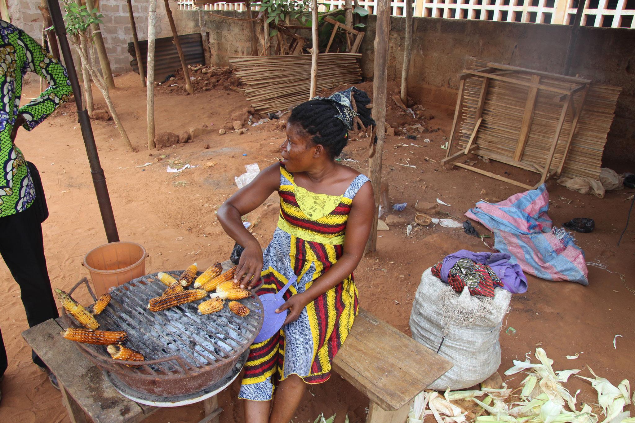Maisverkäuferin in Afagnan.
