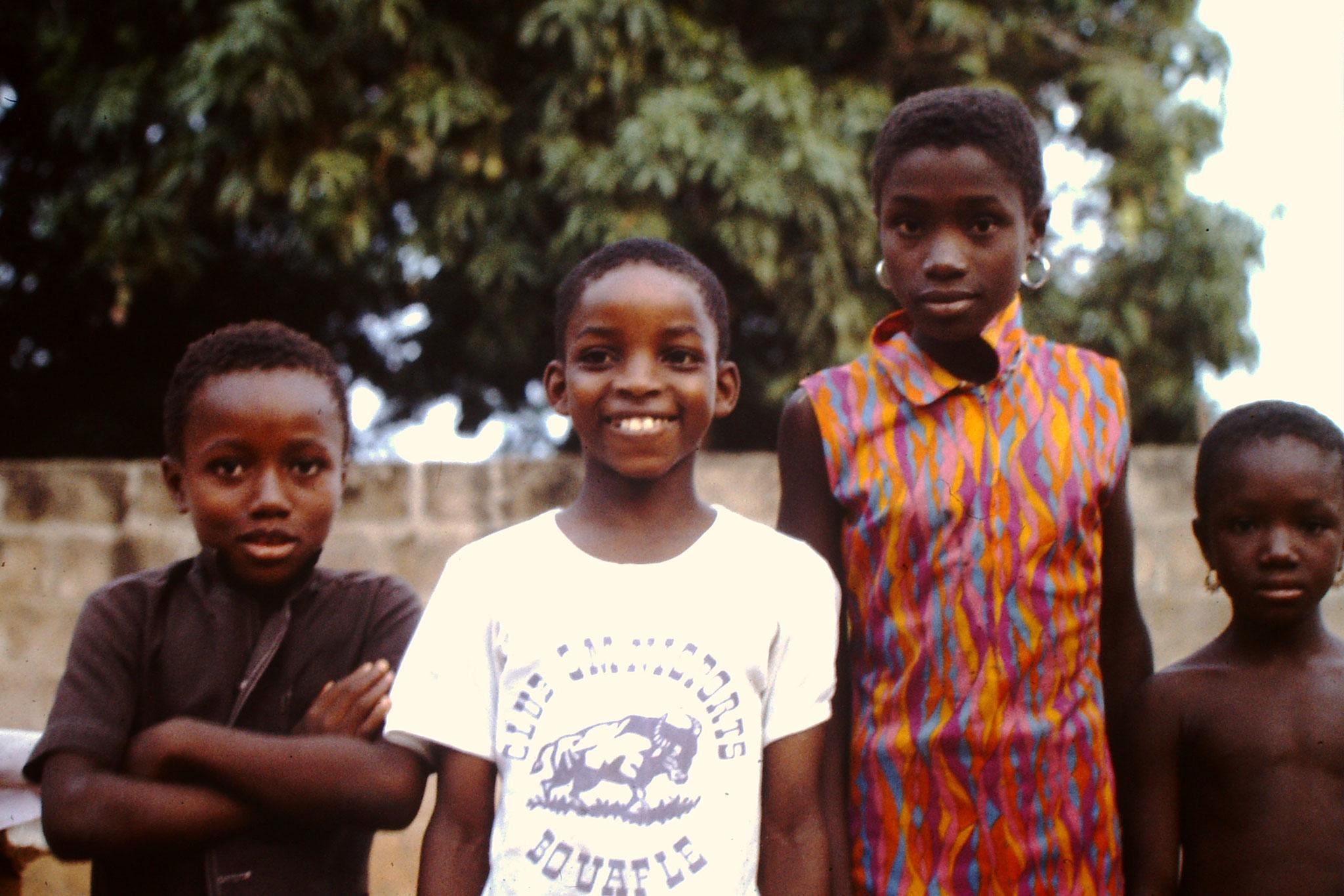 Kinder in Bouake.