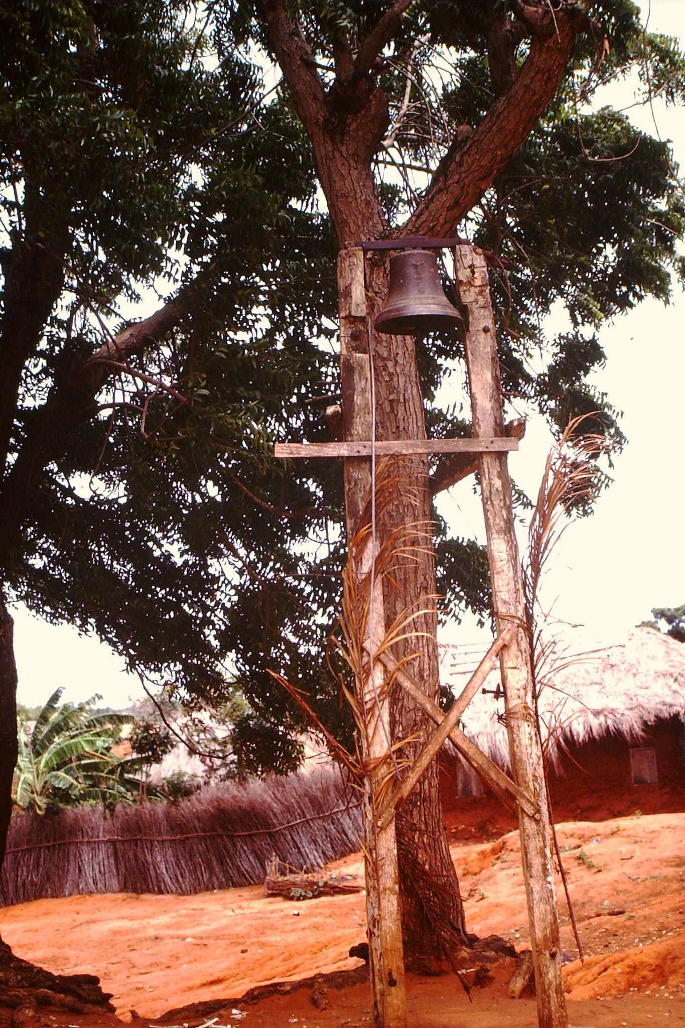 Kirchenglocke in Togoville.