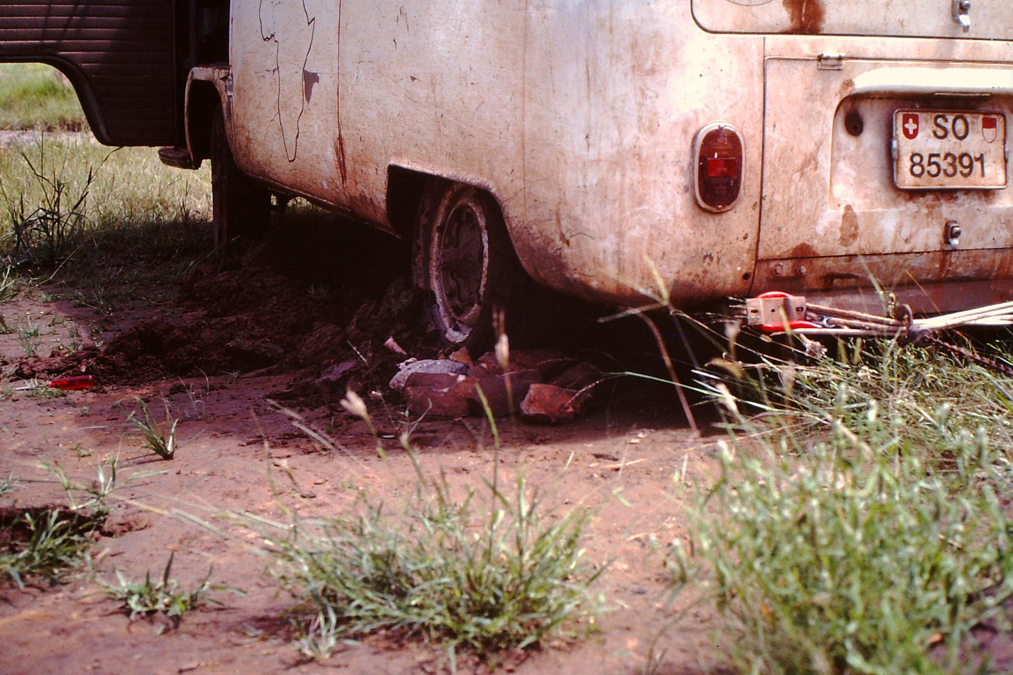 Irgendwie schafften wir es um raus zu kommen. Danach hatten wir genug. Wir wollten zurück nach Bandiagara.
