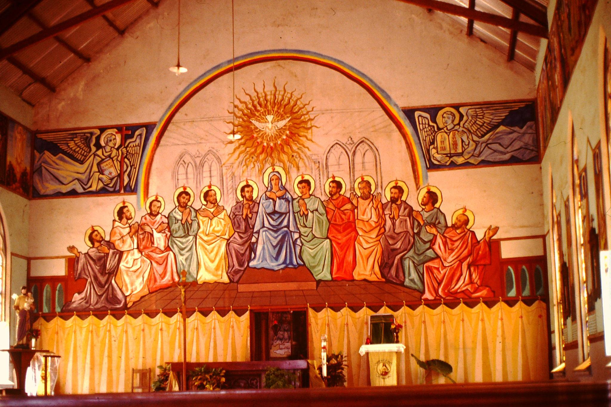 Die zwölf Jünger in der Kirche von Togoville.