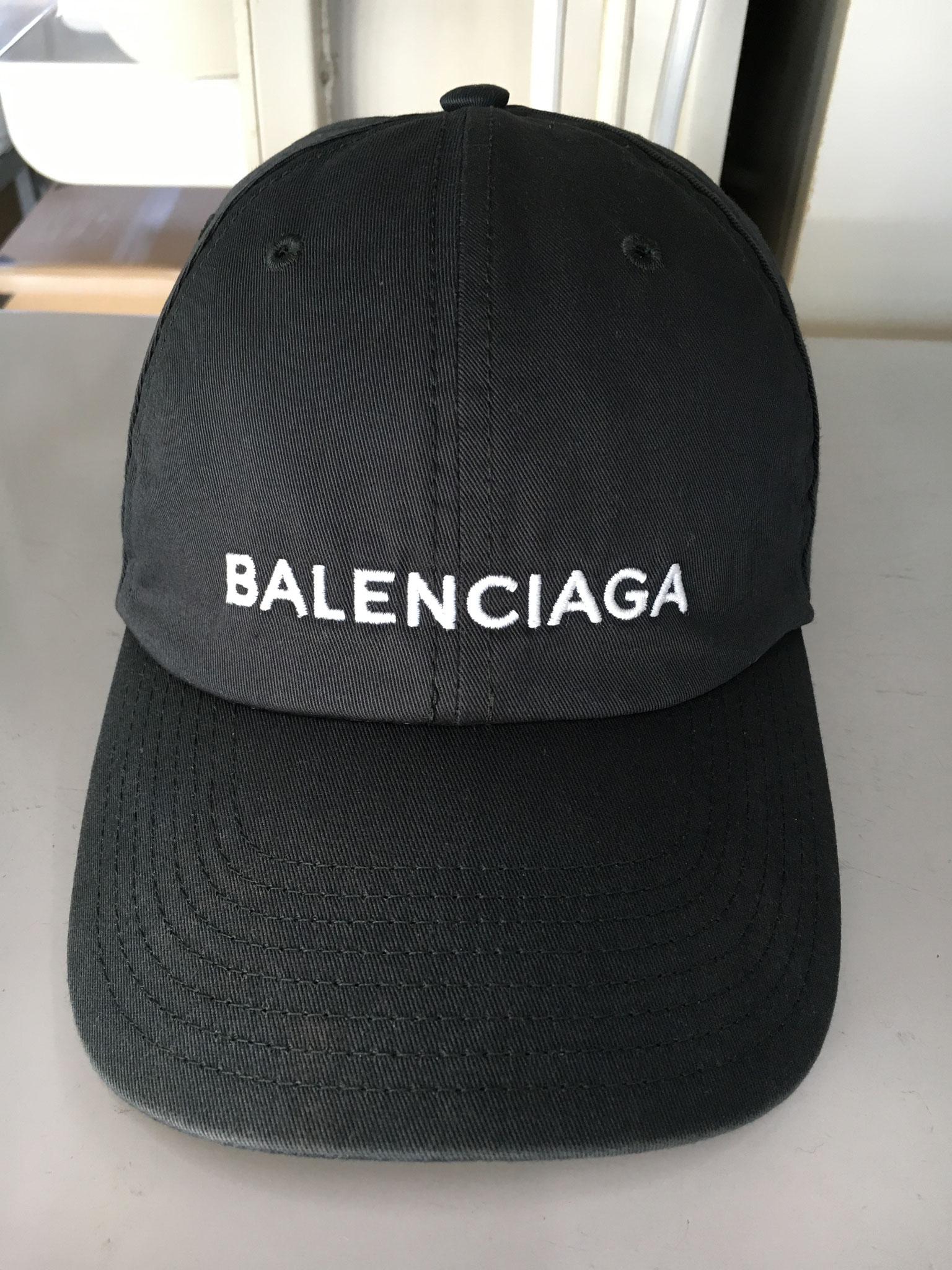 BALENCIAGAキャップのクリーニング