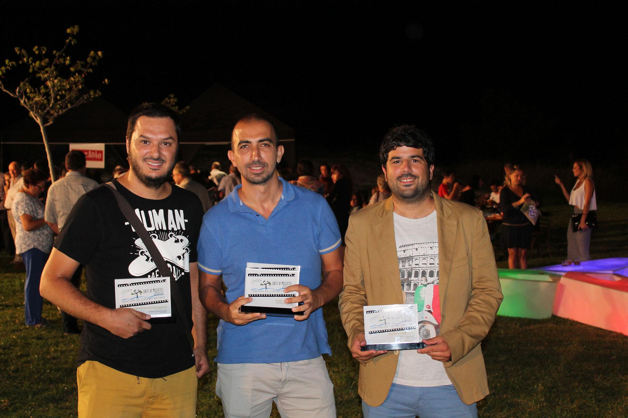 Alex Rey, Enrique Leal, i Fran, qui va rebre el premi en nom d'Alberto Rodríguez per No Abortamos.